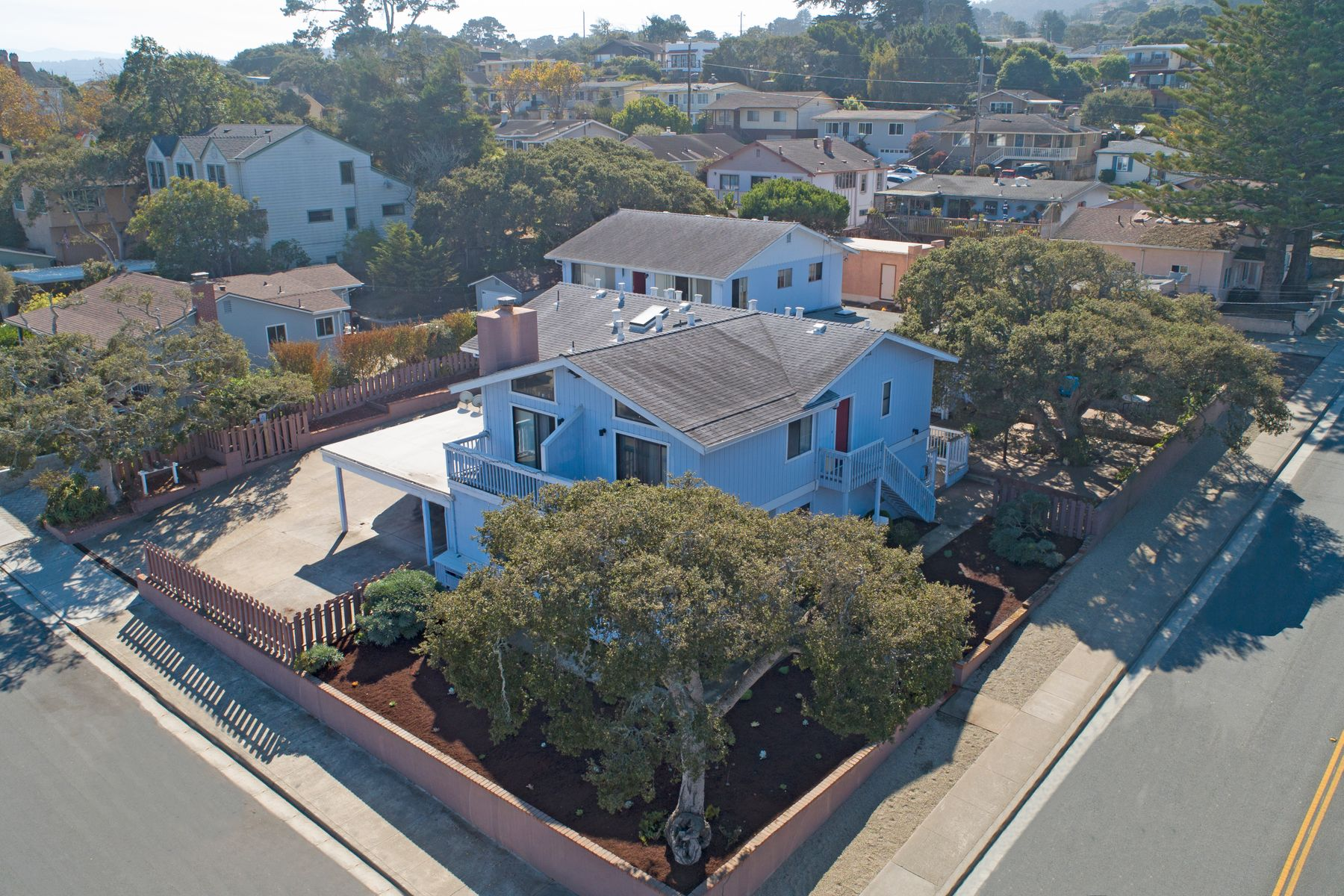 Apartments for Sale at 5-Unit Apartment Complex in Monterey 685 Spencer Street Monterey, California 93940 United States