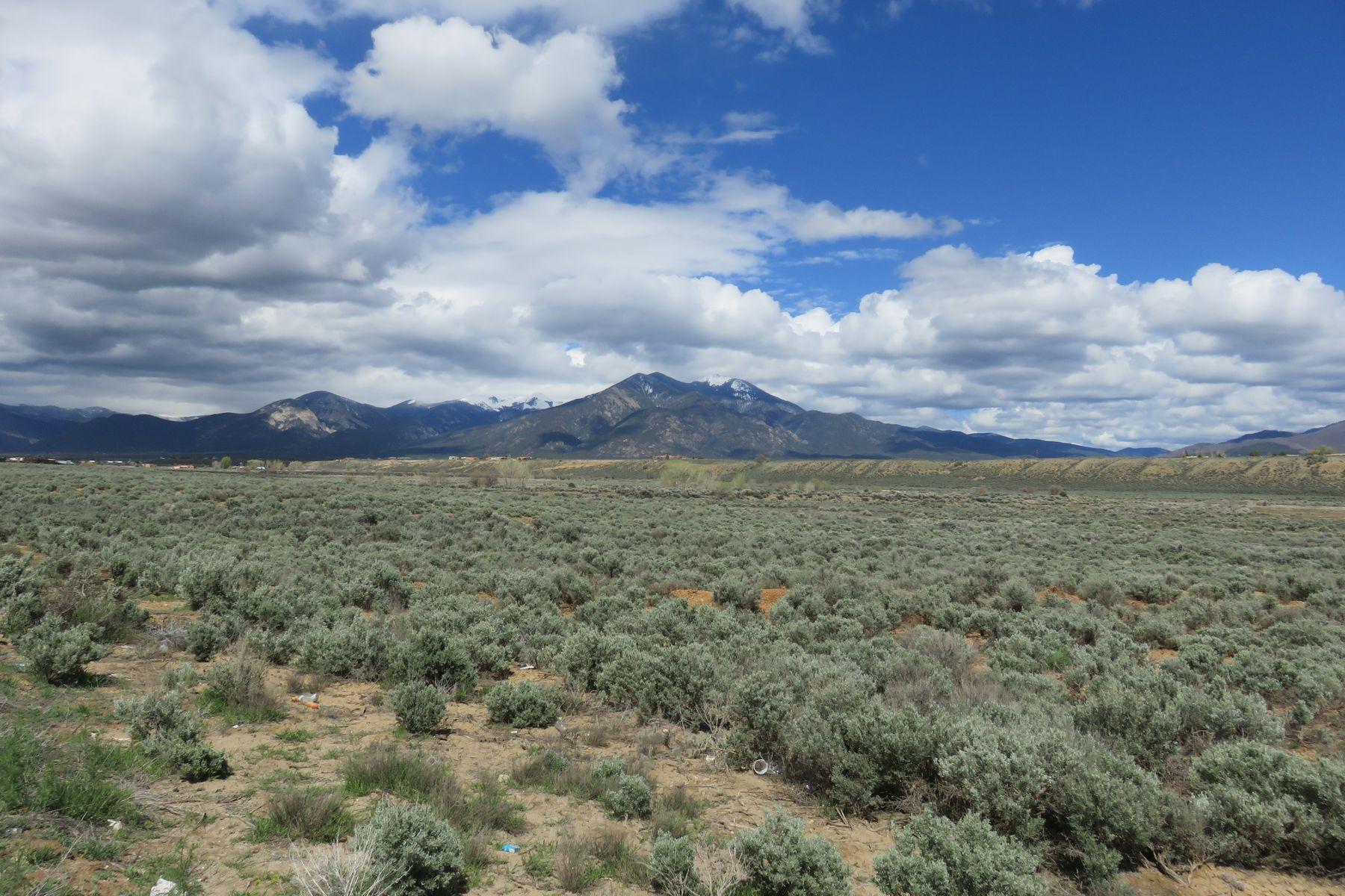 Terrain pour l Vente à Taos, Nouveau-Mexique 87571 États-Unis