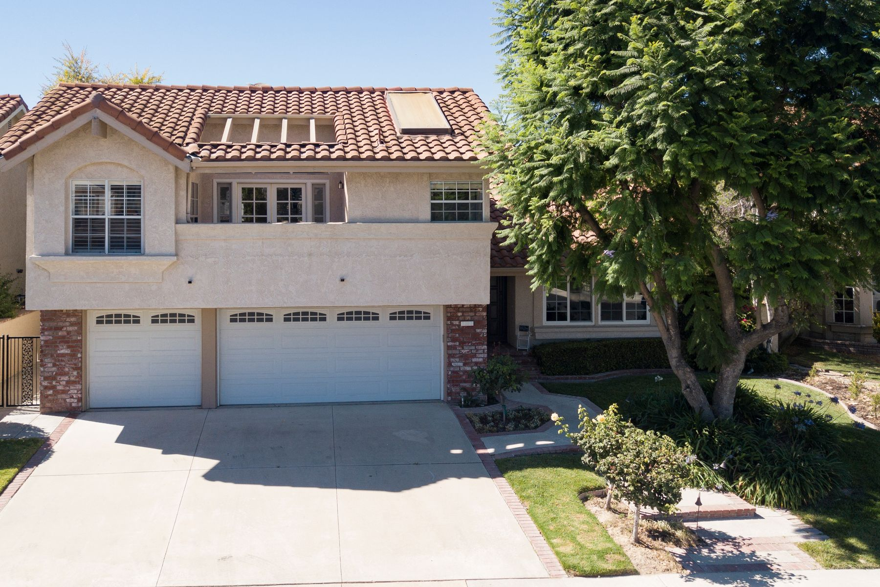 Single Family Homes for Sale at 3367 Montagne Way Thousand Oaks, California 91362 United States