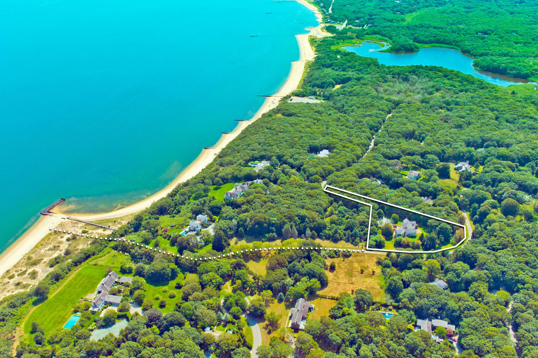 Single Family Homes for Active at BELL ESTATE TRANSITIONAL 49 Broadview Road Amagansett, New York 11930 United States