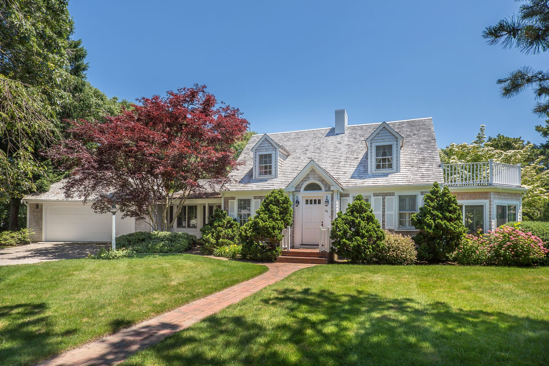 Single Family Homes for Active at 44 Eel River Road, Osterville 44 Eel River Road Osterville, Massachusetts 02655 United States