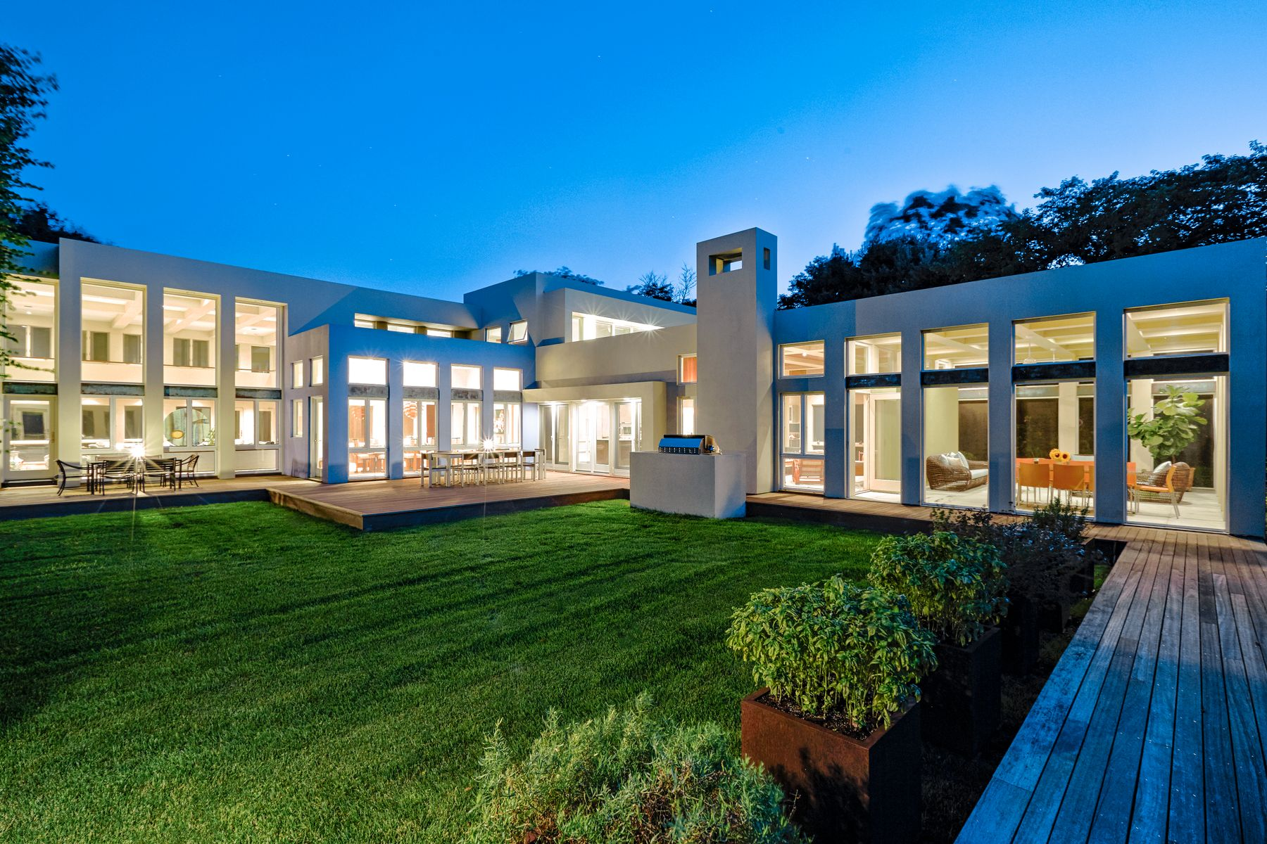 Single Family Home for Active at Further Lane Estate 219 Further Lane East Hampton, New York 11937 United States