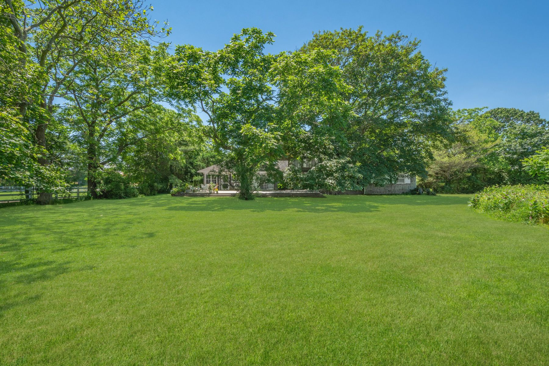 Single Family Homes for Sale at SOUTH OF HIGHWAY OVERLOOKING FARM 11 Town Line Road Wainscott, New York 11975 United States