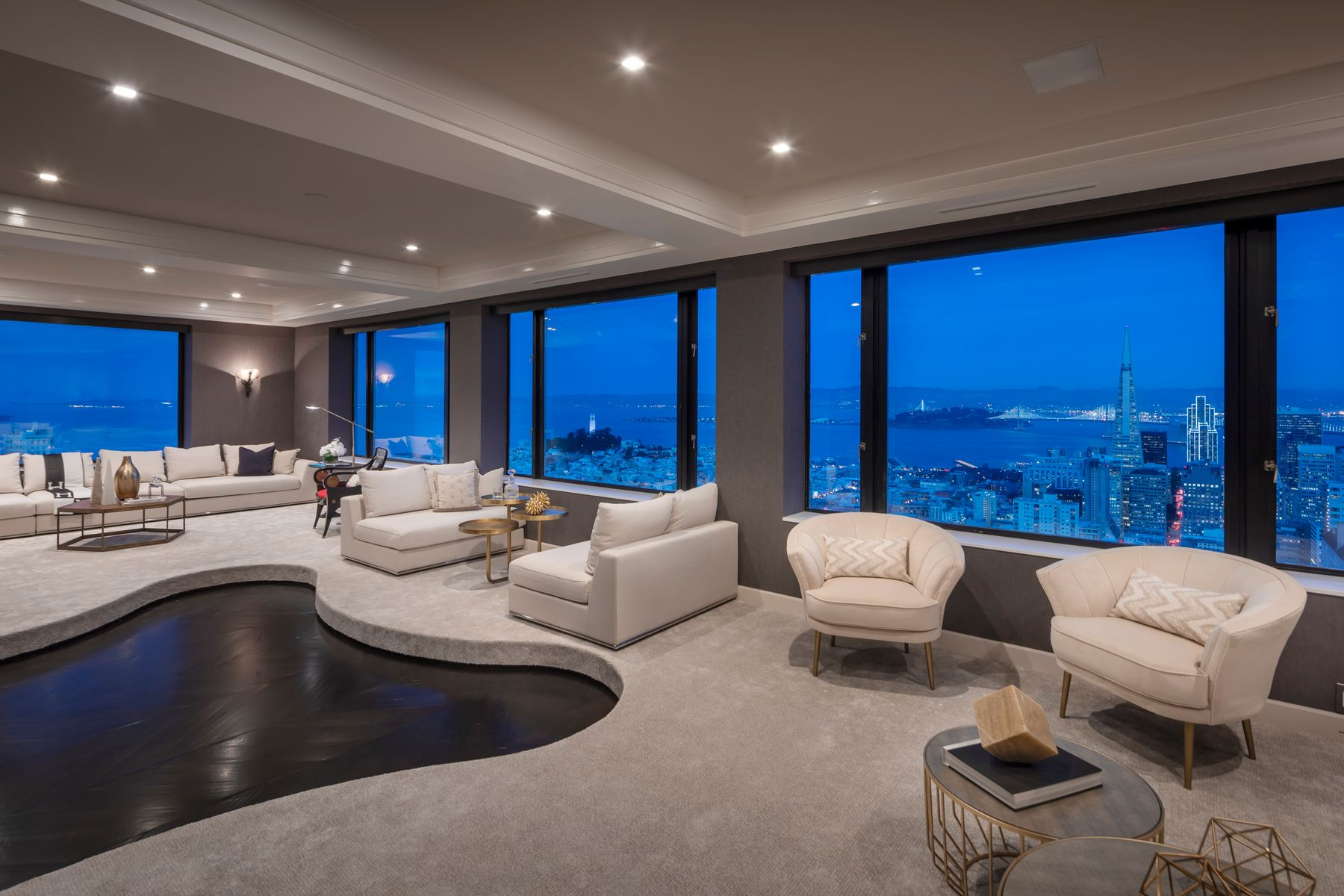 Condominiums for Active at 360 Degree View Nob Hill Penthouse 1250 Jones St Unit 1901 San Francisco, California 94109 United States