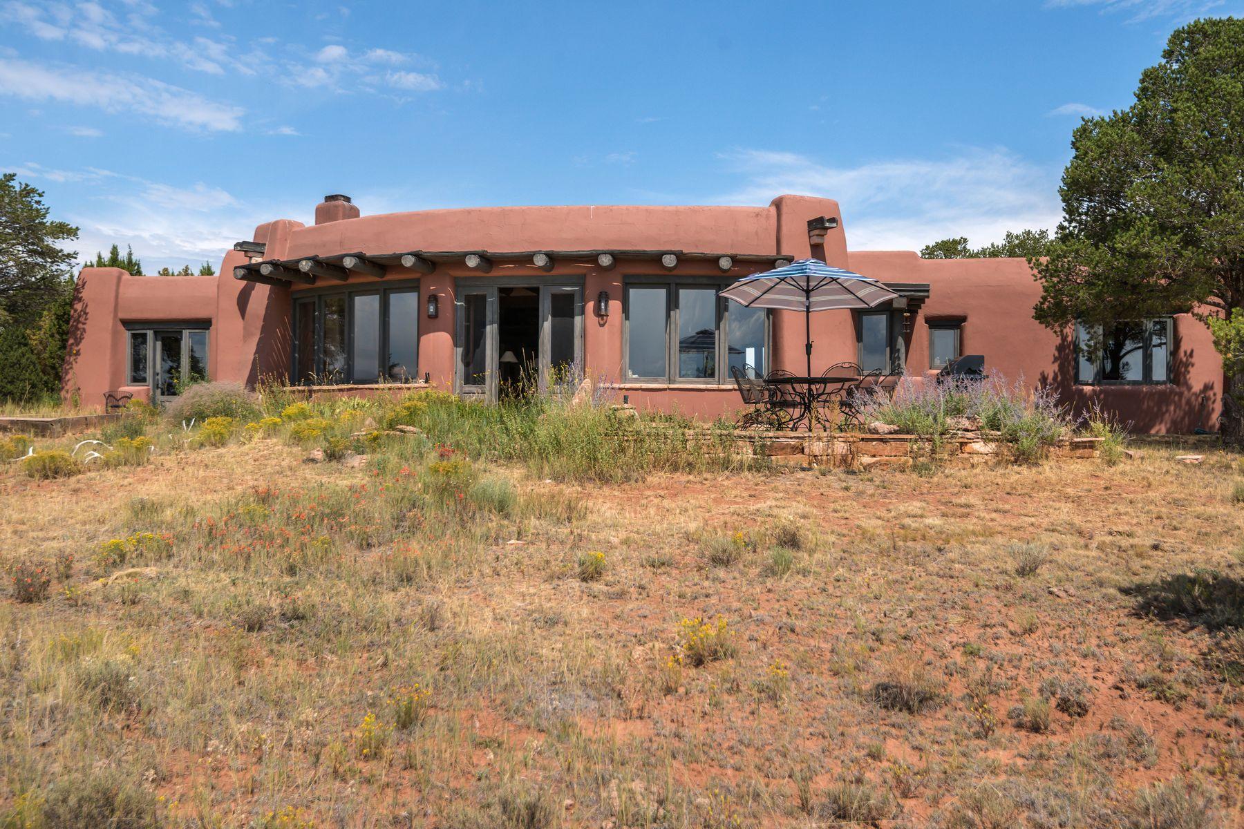 Single Family Homes pour l Vente à Ramah, Nouveau-Mexique 87321 États-Unis