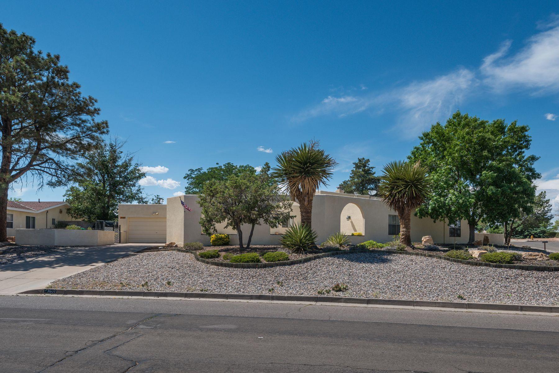Single Family Homes per Vendita alle ore Rio Rancho, Nuovo Messico 87124 Stati Uniti