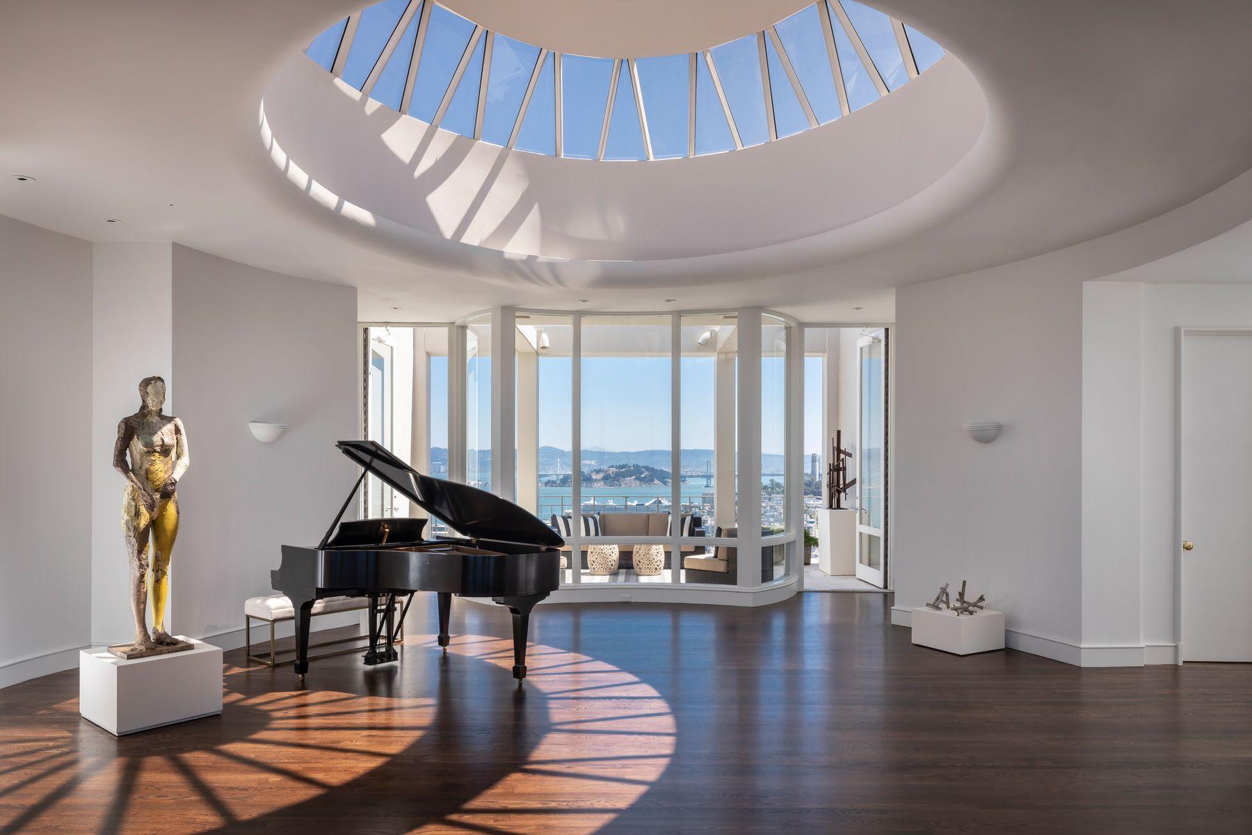 Co-op Properties 为 销售 在 Russian Hill Penthouse 1080 Chestnut St Ph 旧金山, 加利福尼亚州 94109 美国