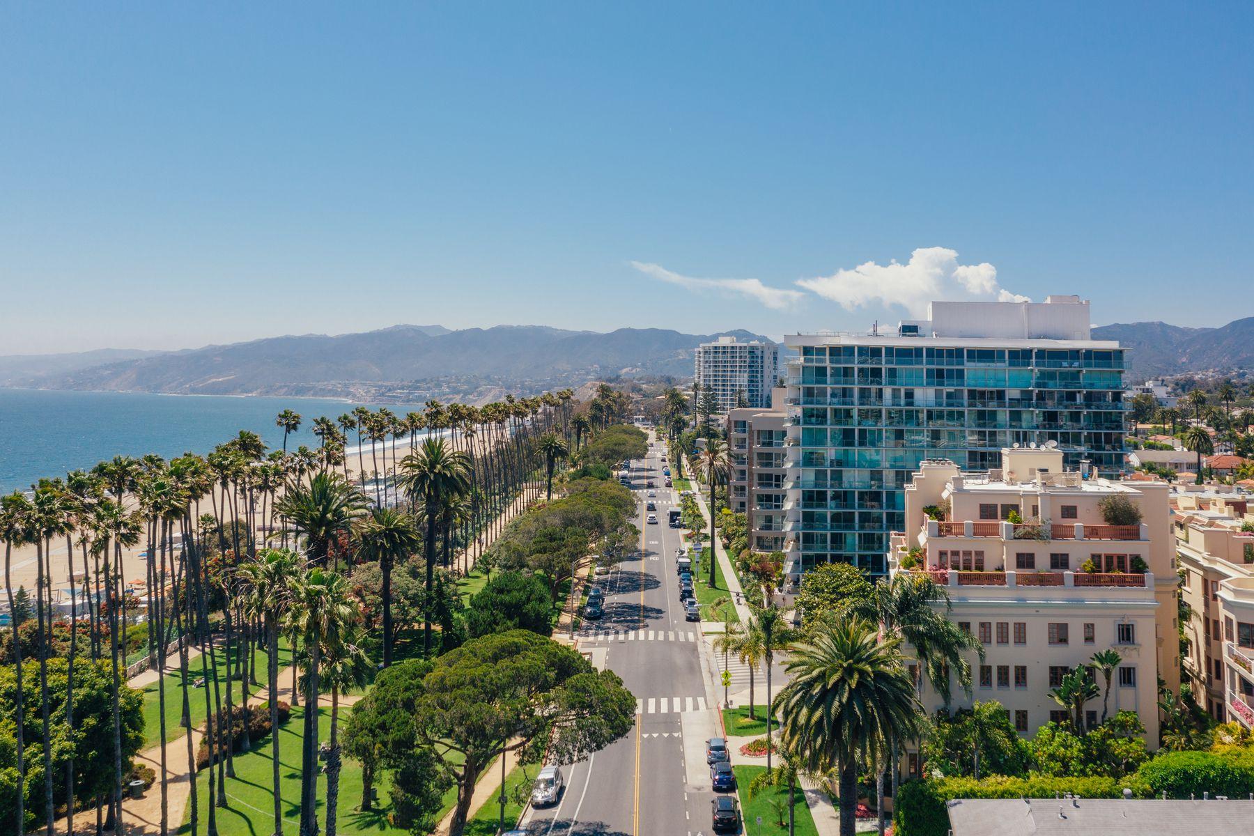 Condominiums for Active at 603 Ocean Avenue Unit 3E Santa Monica, California 90402 United States