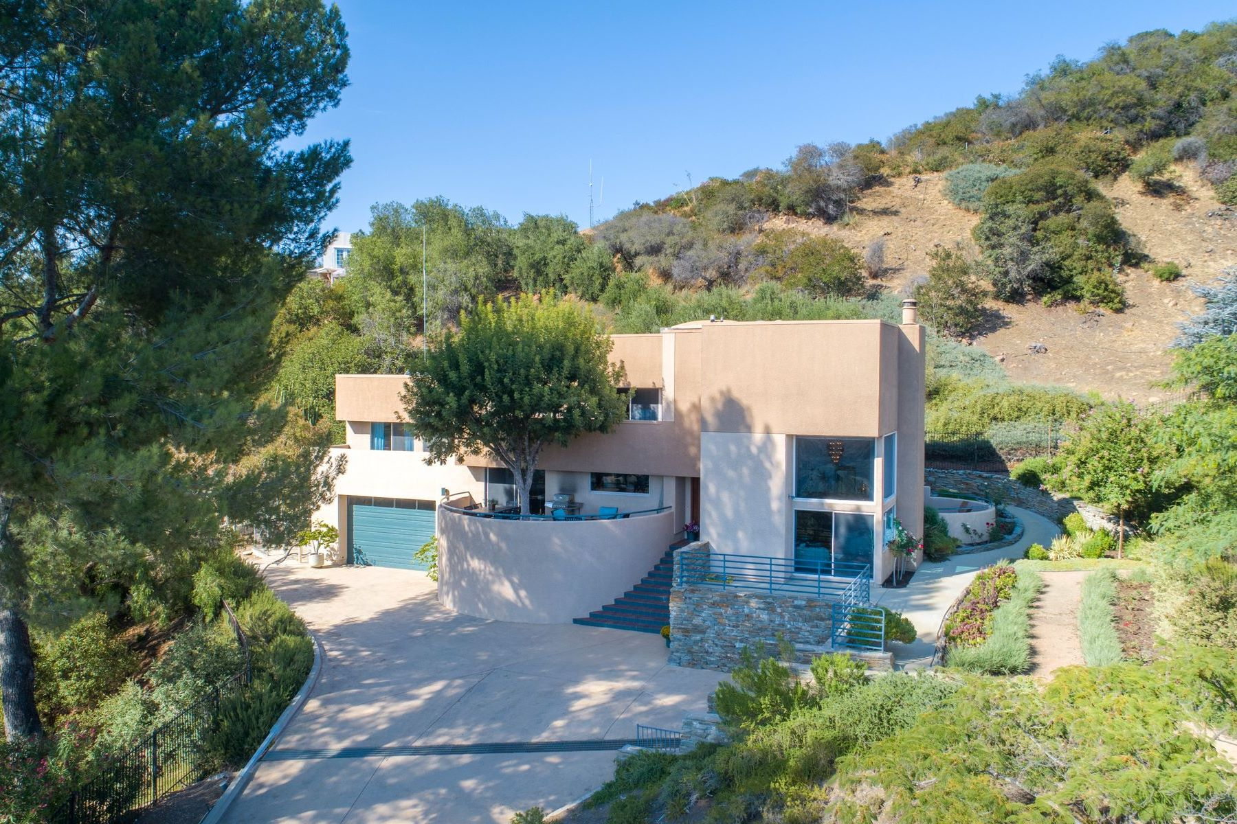 Single Family Homes for Sale at 1.4 ACRES ADJACENT TO PARK 20711 Hillside Drive Topanga, California 90290 United States