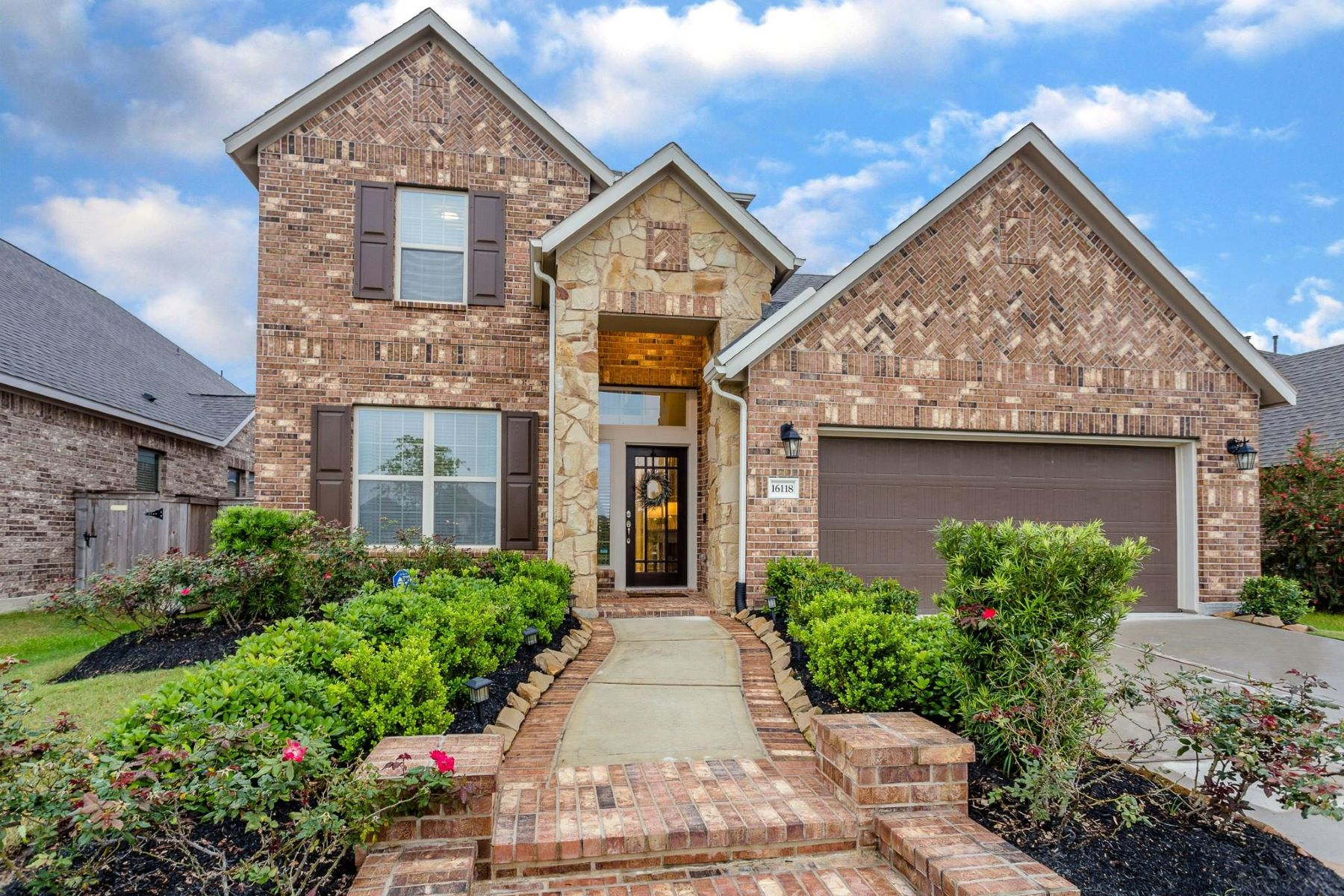 Single Family Homes for Sale at 16118 Bluegill Drive Cypress, Texas 77433 United States