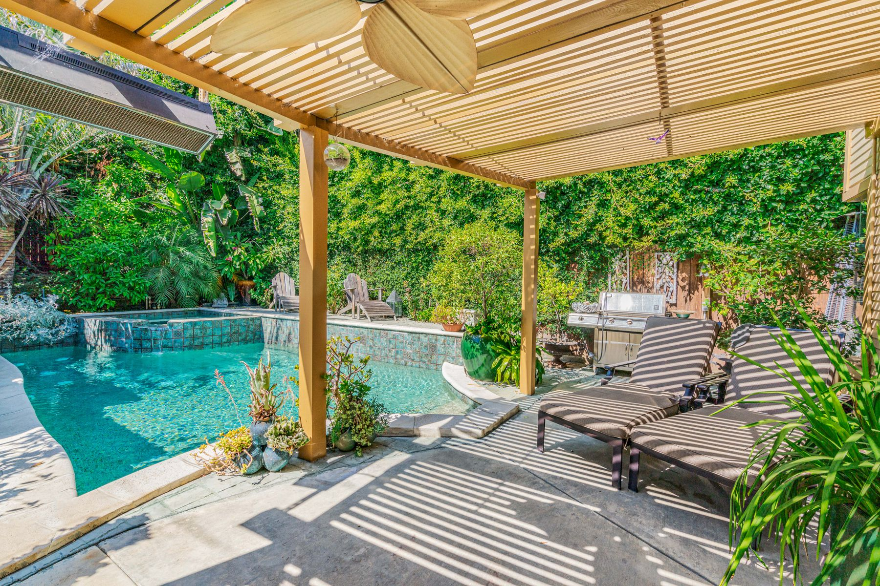 Single Family Homes for Sale at Rare Find in the heart of West Hollywood 825 Huntley Drive West Hollywood, California 90069 United States