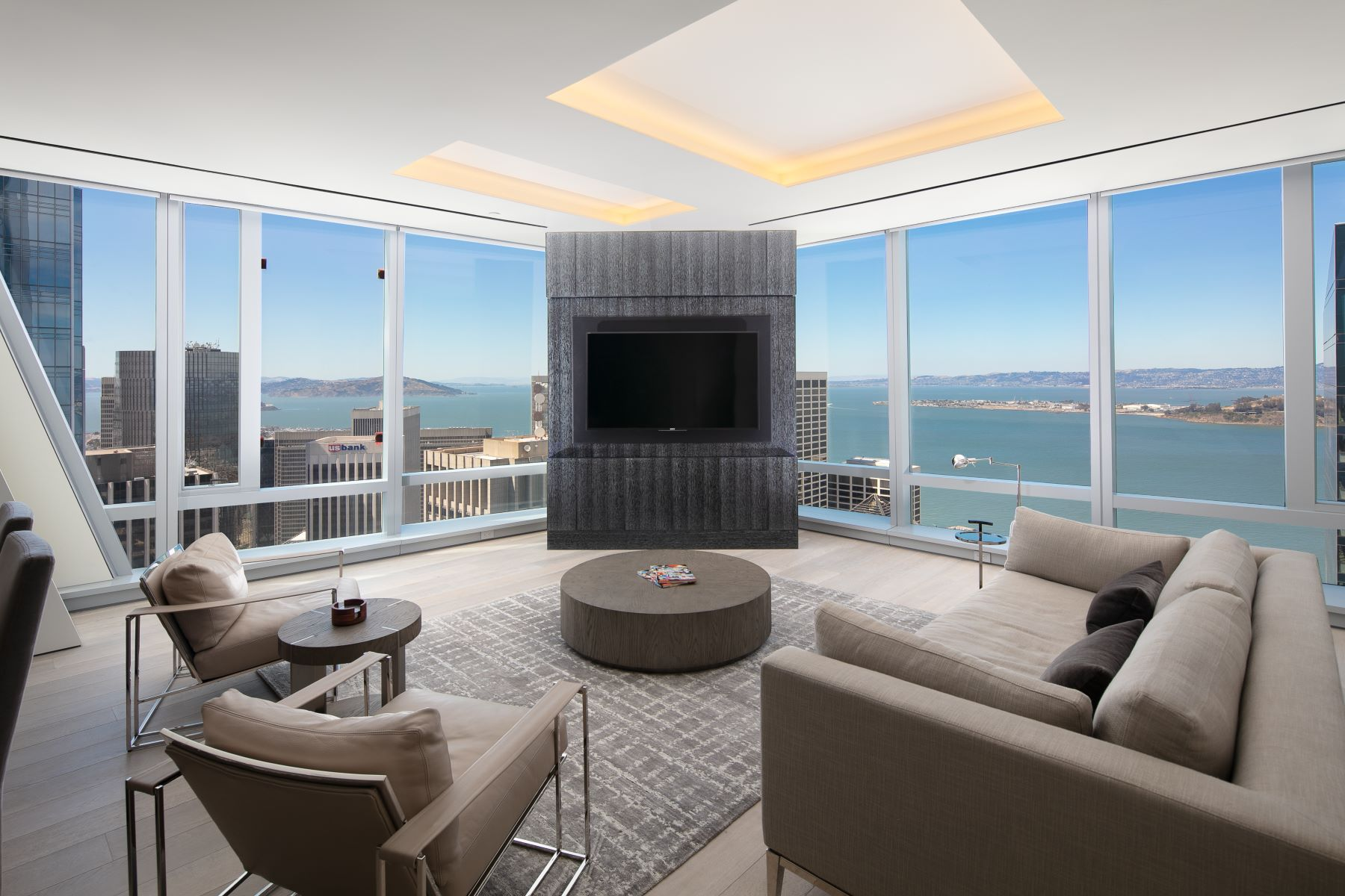 Condominiums for Active at 58th Floor Condo at 181 Fremont 181 Fremont St, #58A San Francisco, California 94105 United States