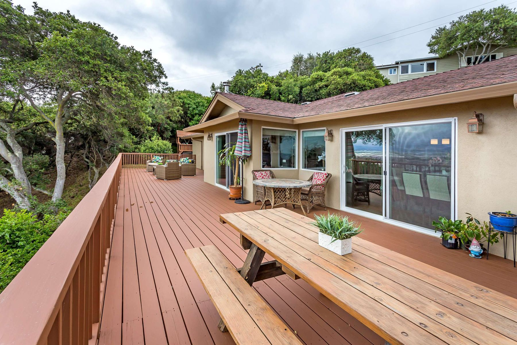 Additional photo for property listing at Elegant Rancher With Views and Privacy 1239 Talbryn Dr Belmont, California 94002 United States