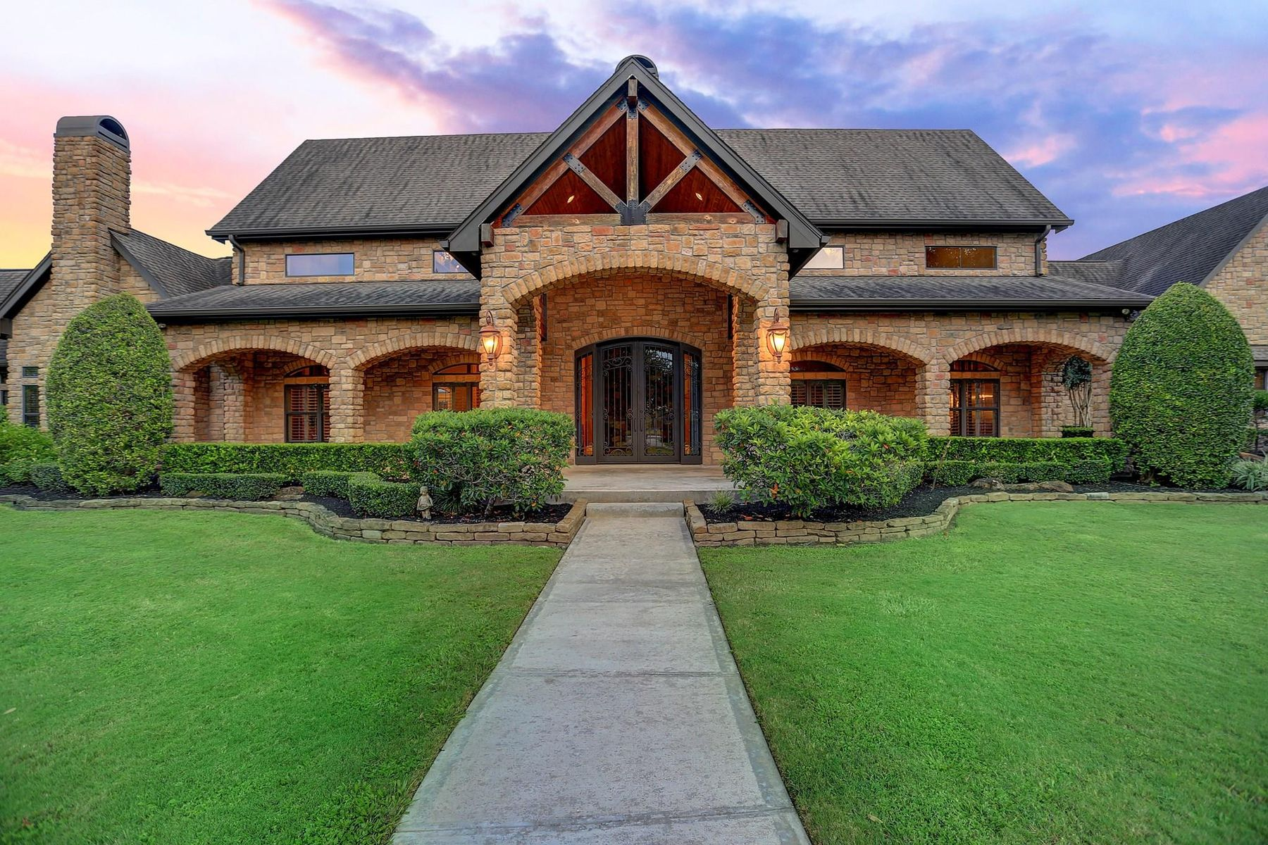 Single Family Homes for Sale at 1638 Mccrary Road Richmond, Texas 77406 United States