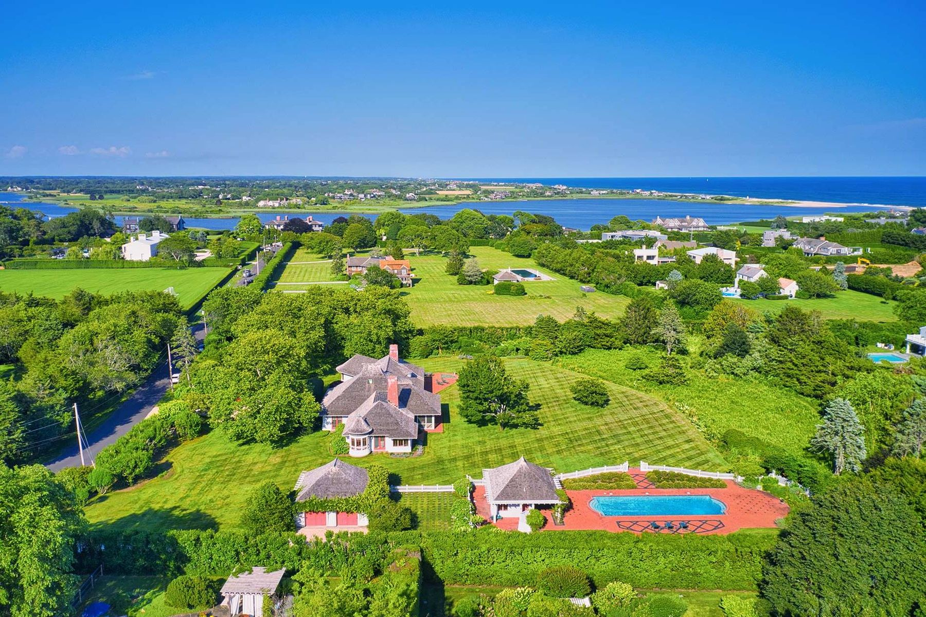 Single Family Homes for Sale at Majestic 3+/- Acre Estate on Quimby Lane 111 Quimby Lane Bridgehampton, New York 11932 United States