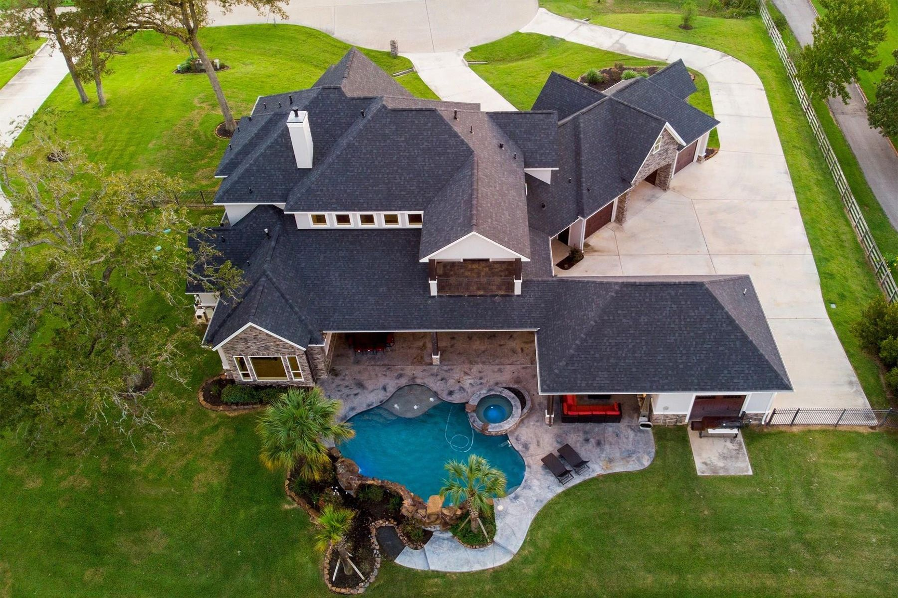 Single Family Homes for Sale at 8610 Lofty Pines Richmond, Texas 77406 United States