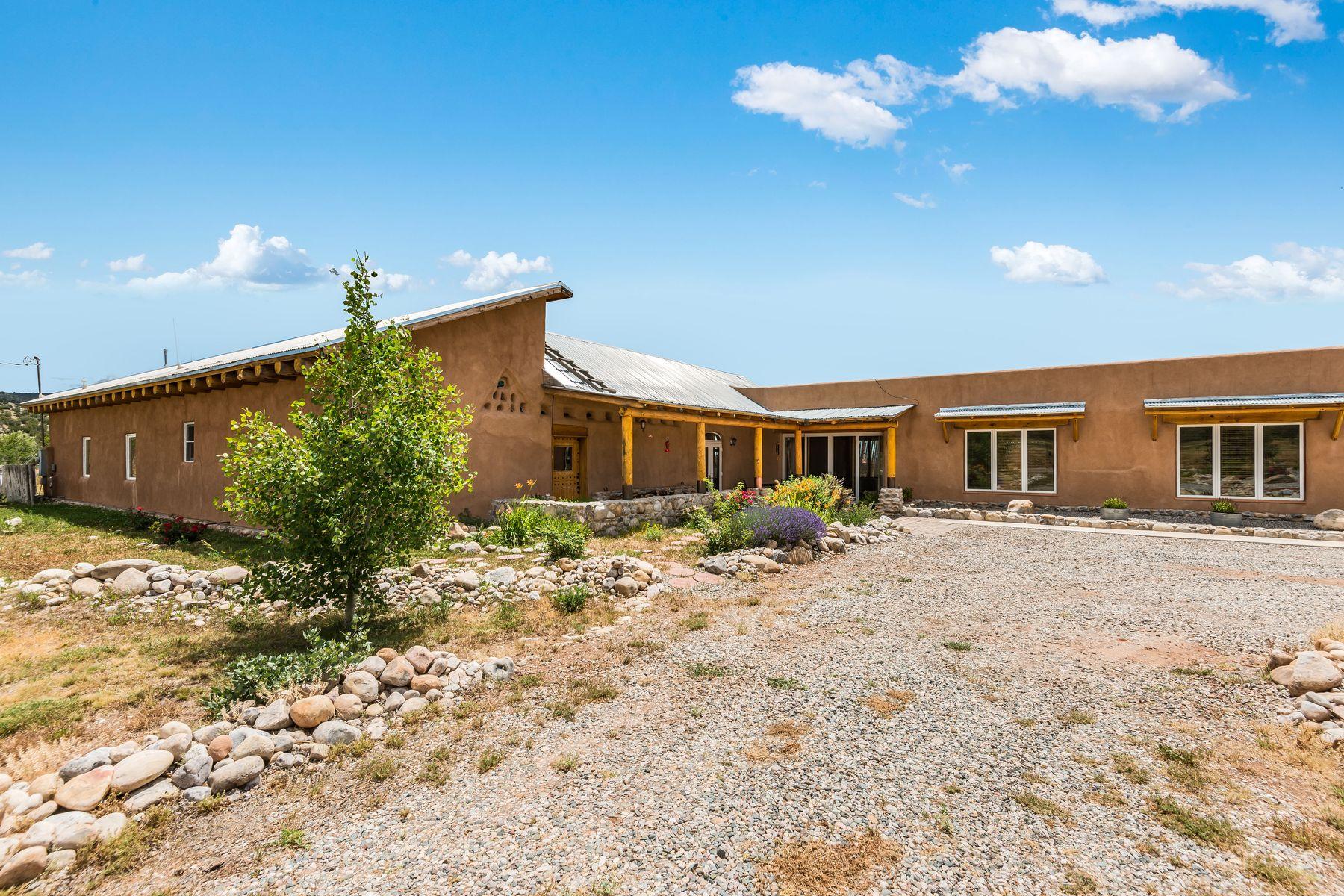 Single Family Homes per Vendita alle ore El Rito, Nuovo Messico 87530 Stati Uniti