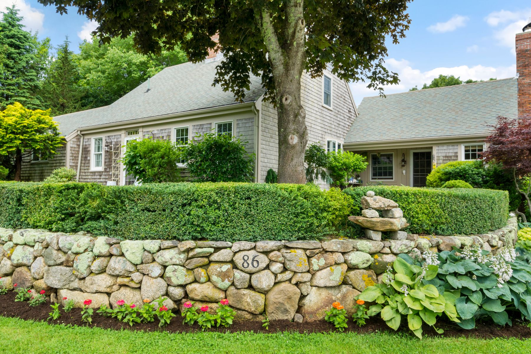 Single Family Homes for Sale at 86 Parker Road West Barnstable, Massachusetts 02655 United States