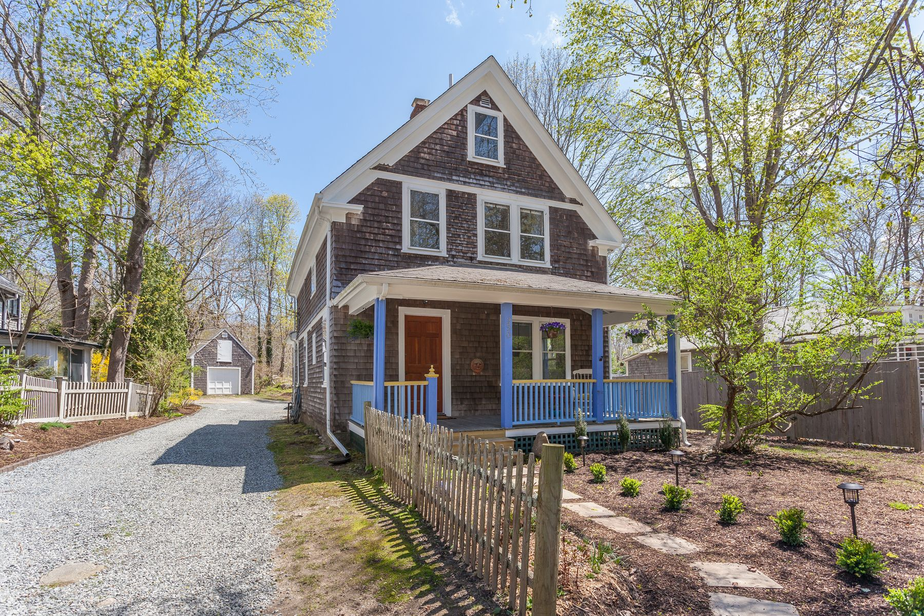 Single Family Home for Active at Quissett Farmhouse with Beach Rights 250 Woods Hole Road Woods Hole, Massachusetts 02543 United States