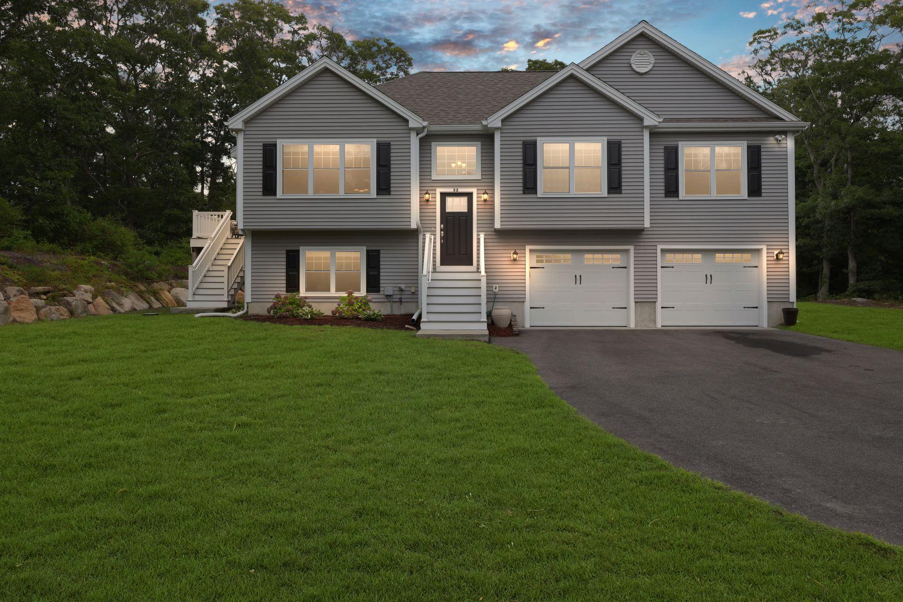 Single Family Homes 为 销售 在 32 Virtue Circle 法尔茅斯, 马萨诸塞州 02540 美国