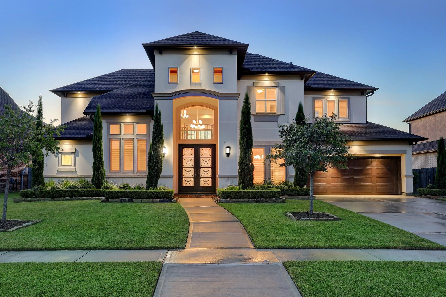 Single Family Homes for Active at 1104 Rymers Switch Lane Friendswood, Texas 77546 United States