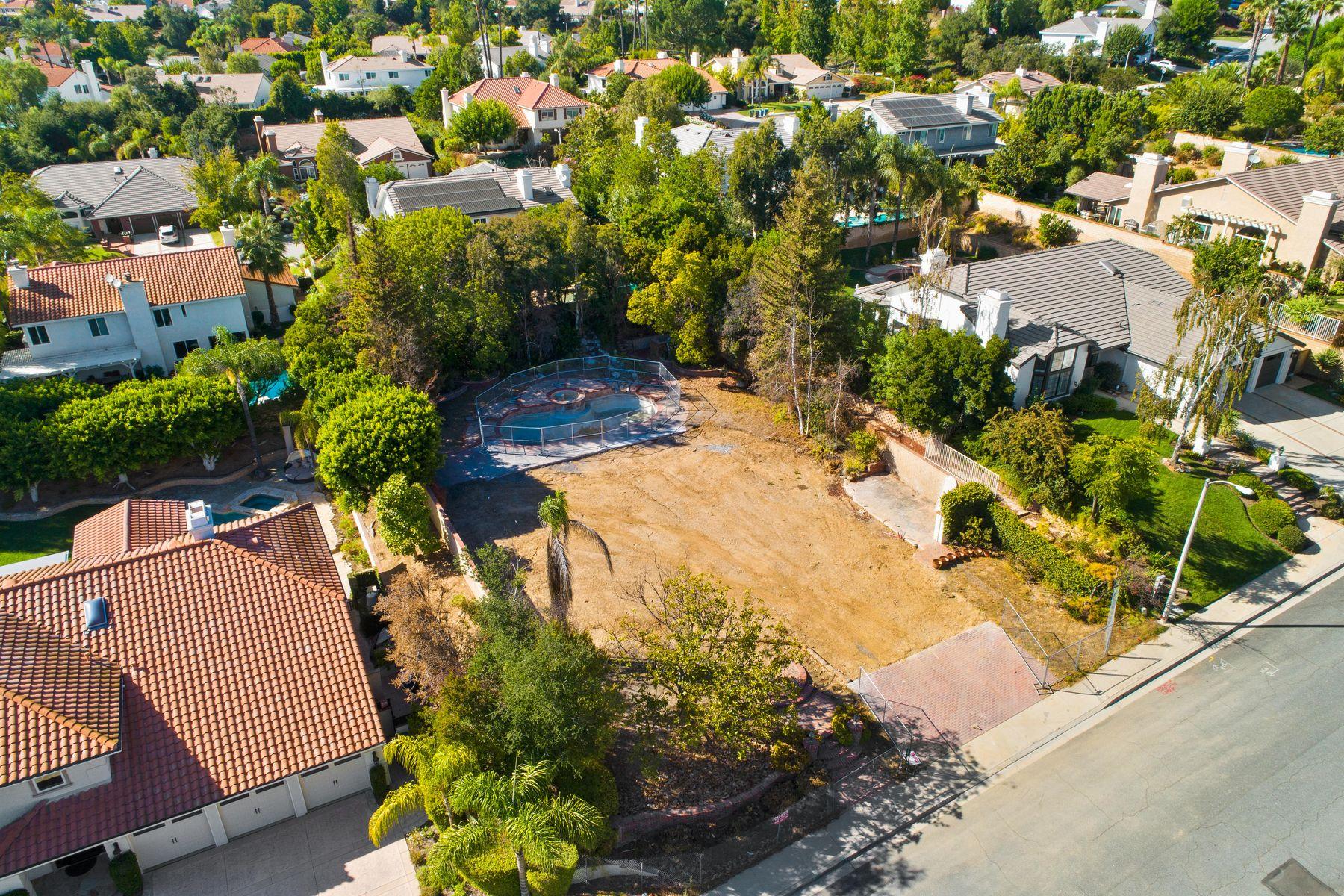 Land for Sale at 1241 Hidden Springs Ave. 1241 Hidden Springs Avenue Oak Park, California 91377 United States