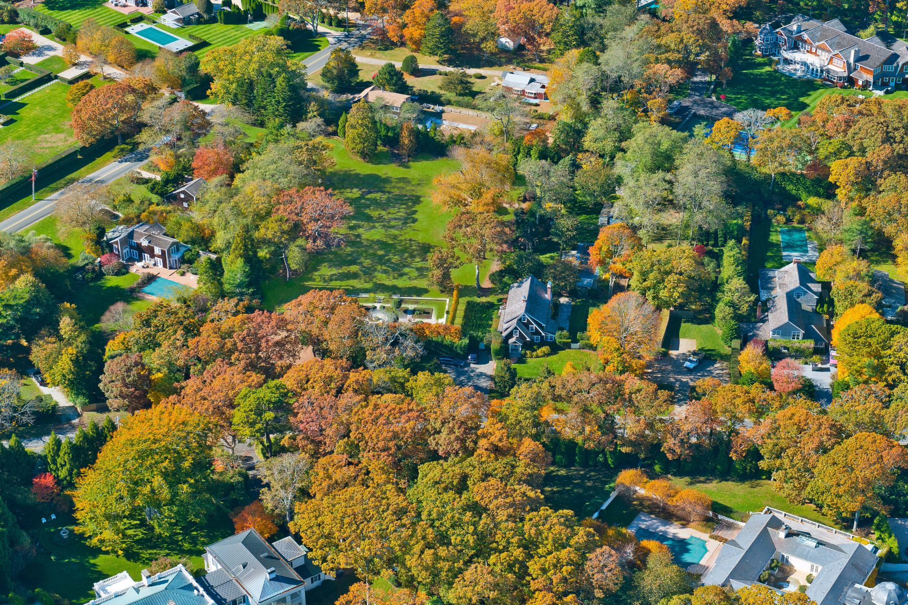 Land for Active at One Acre Building Lot Wainscott South 15 Wainscott Stone Road Wainscott, New York 11975 United States
