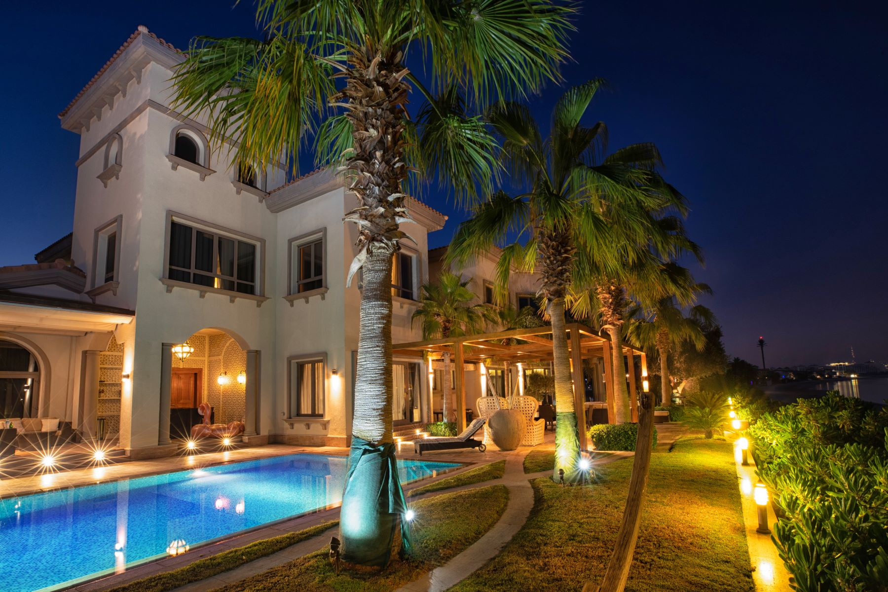 Other Residential Homes por un Venta en Exclusive Elegant Private Beachfront Villa Dubai, Dubai Emiratos Arabes Unidos