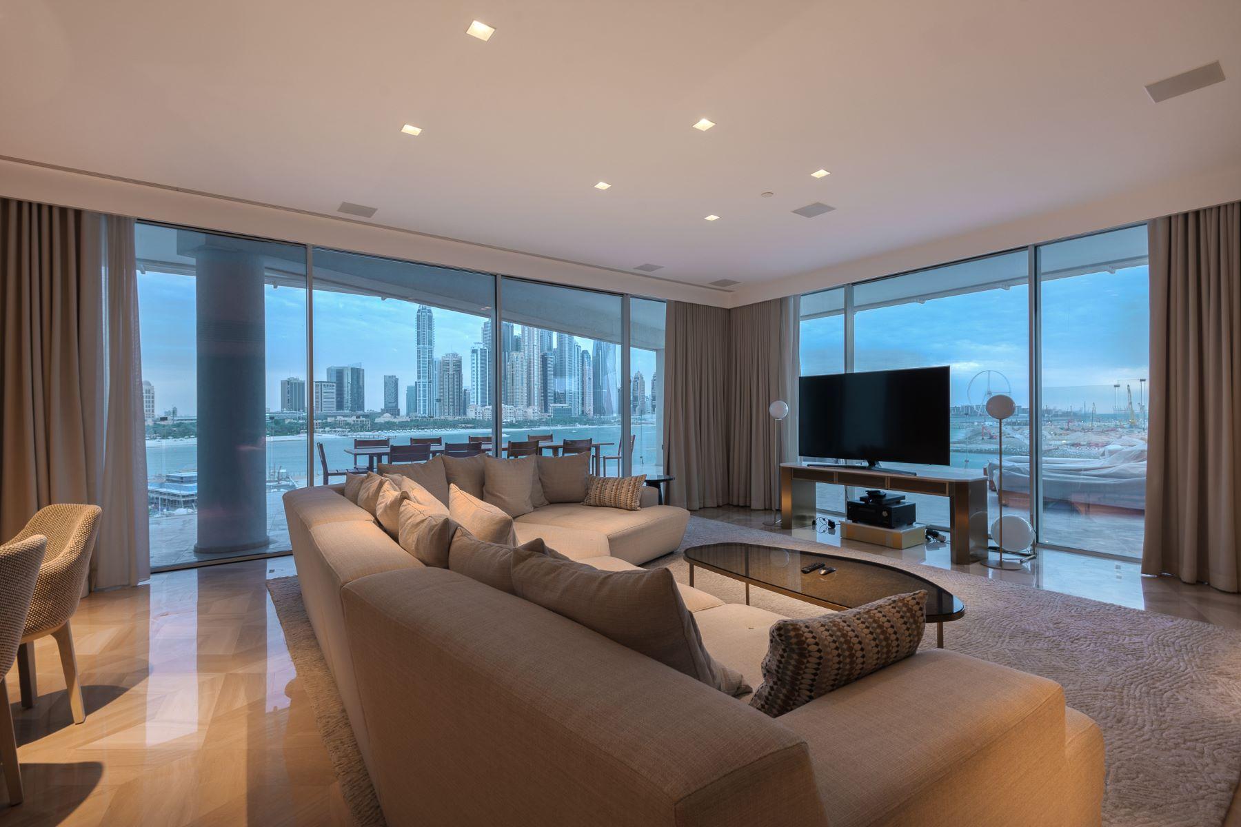 Apartments 为 出租 在 Full Sea View Penthouse Five Star resort 迪拜, 杜拜 阿联酋