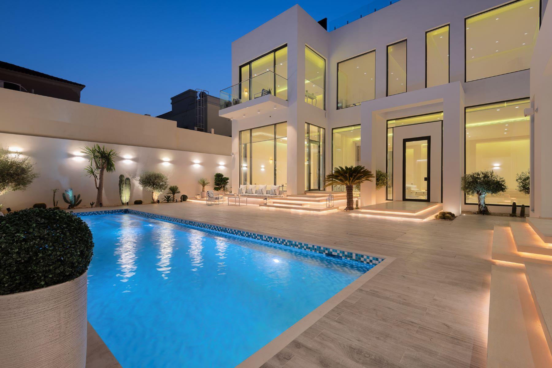 Other Residential Homes por un Venta en Brand New Contemporary Custom Built Villa Dubai, Dubai Emiratos Arabes Unidos