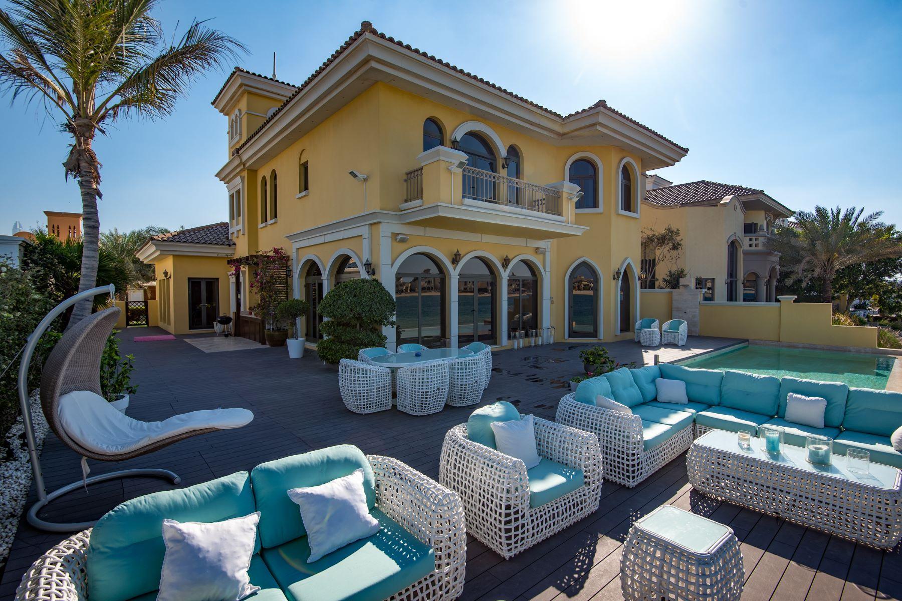 Property for Sale at Renovated 4BR Atrium villa Atlantis view Garden Homes Palm Jumeirah Dubai, Dubai 12345 United Arab Emirates