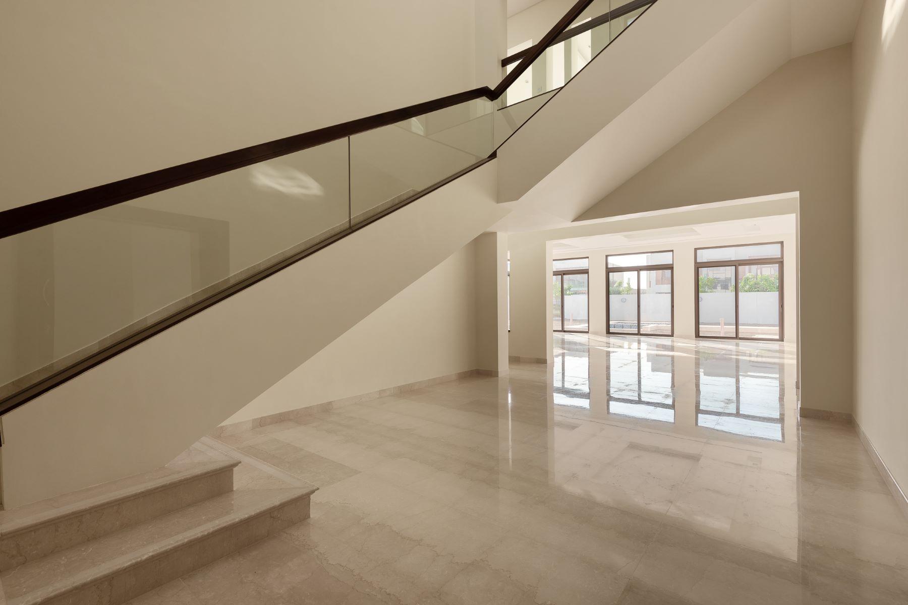 Other Residential Homes für Verkauf beim Elegant 6 Bedrooms Villa in District ONE Dubai, Dubai Vereinigte Arabische Emirate