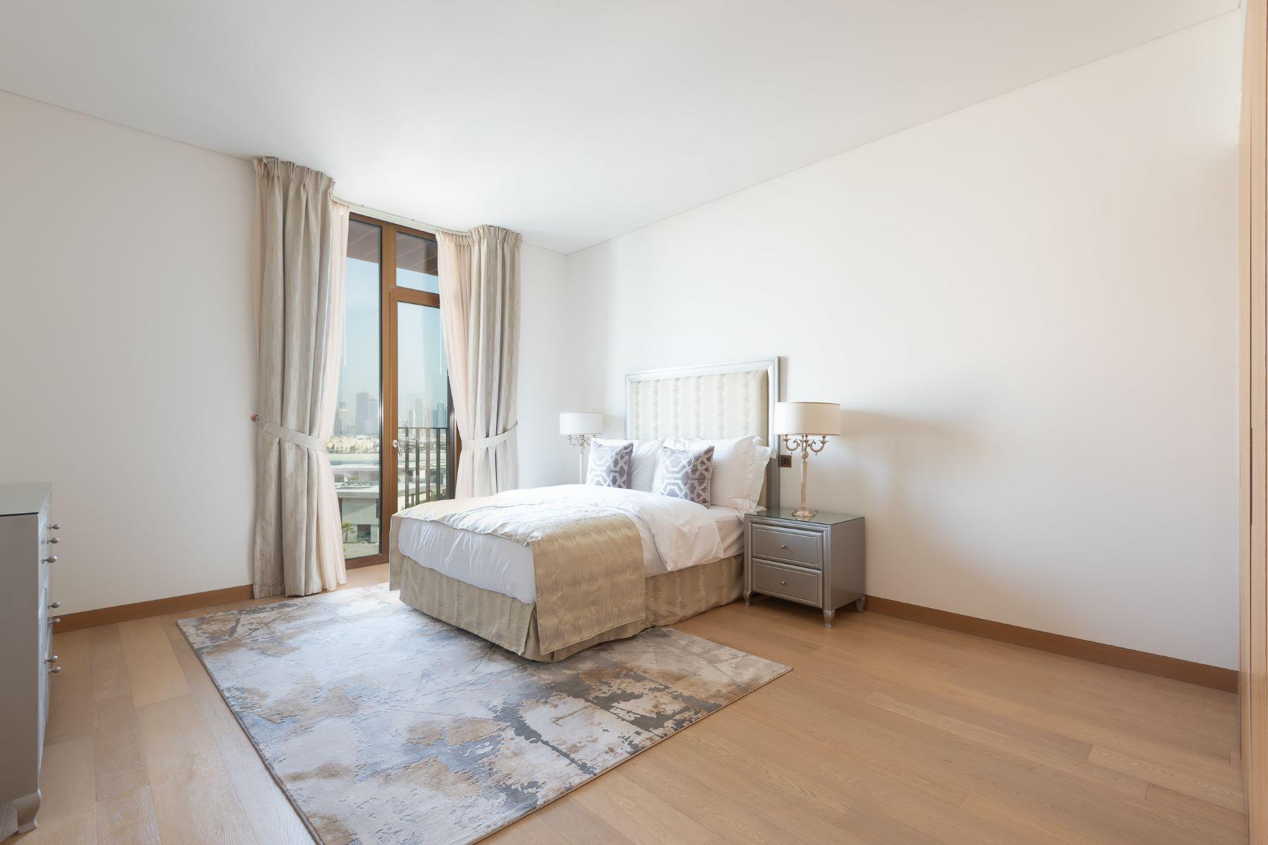 Additional photo for property listing at Unique Five Bedrooms Bulgari Penthouse Dubai, Dubai Emiratos Arabes Unidos