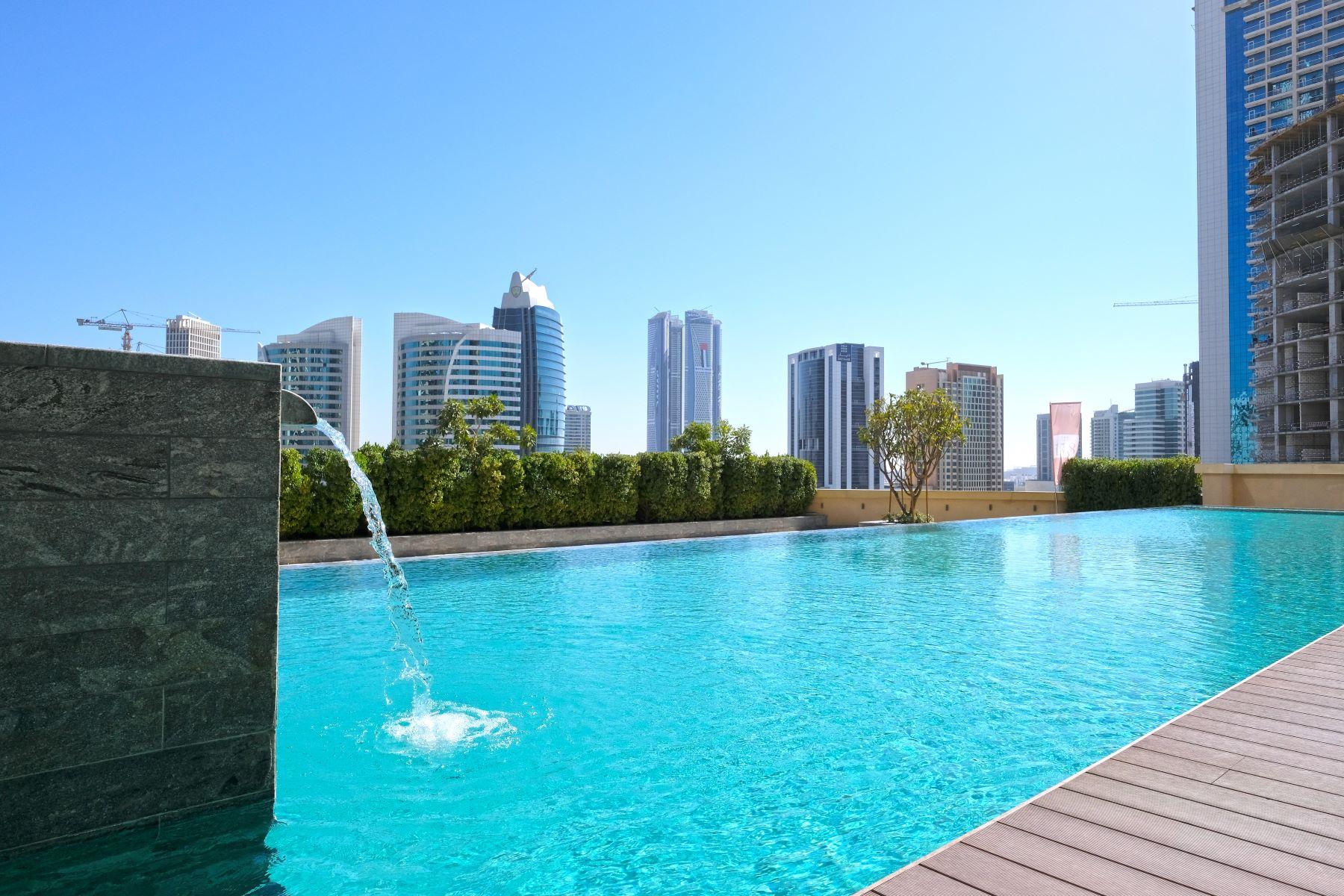 Multi-Family Homes por un Venta en Duplex Luxury Penthouse Overlooking Downtown. Dubai, Dubai Emiratos Arabes Unidos