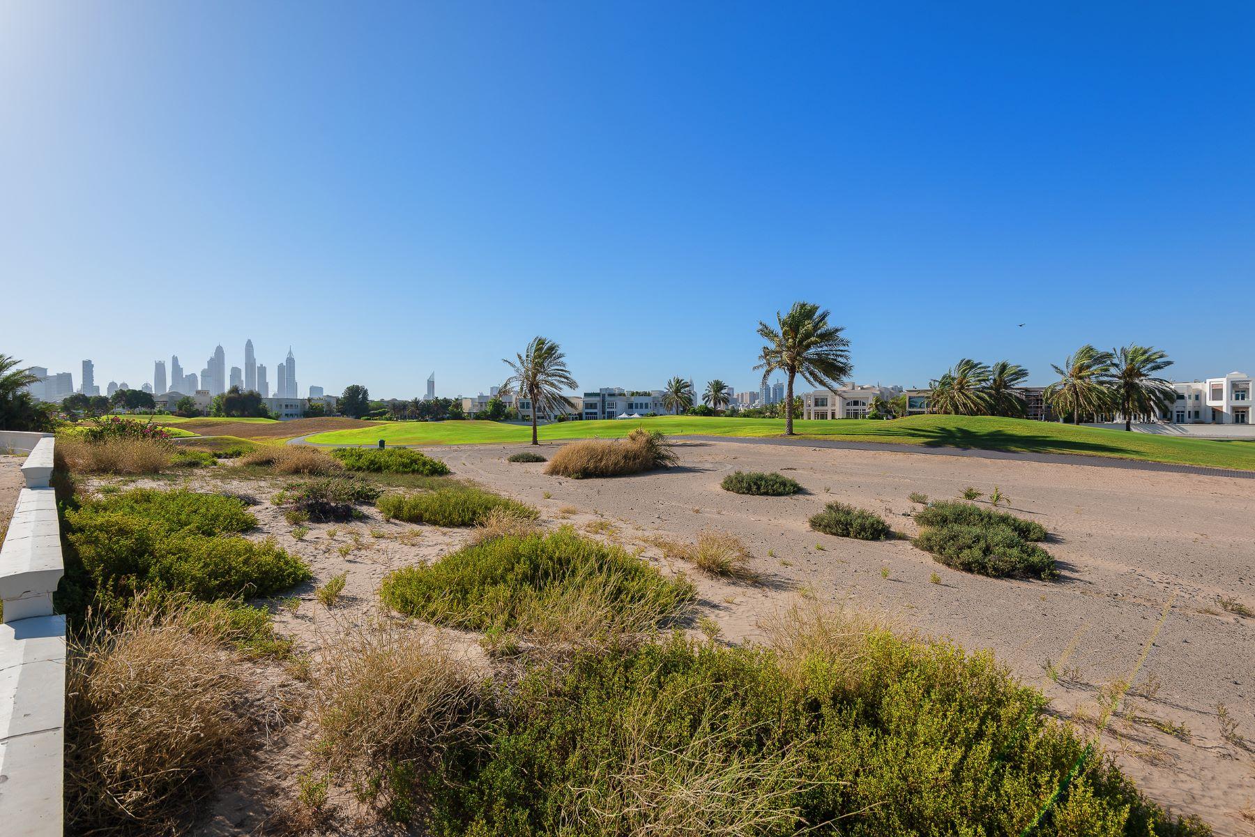 Additional photo for property listing at S Sector Plot  Golf Course Facing Dubai, Dubai Emiratos Arabes Unidos