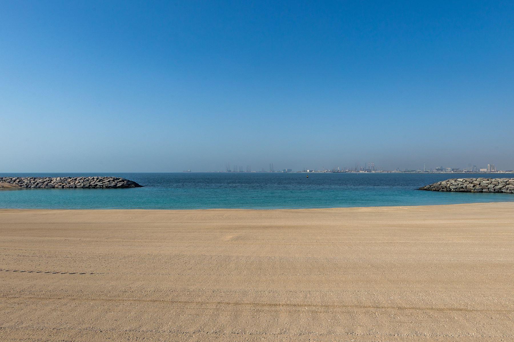 Land for Sale at Special Offer 1000PSF 3 YR PP Biggest plot Dubai, Dubai United Arab Emirates