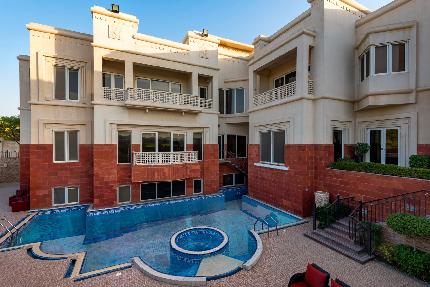 Other Residential Homes for Sale at Amazing Golf Course Views and Location Dubai, Dubai United Arab Emirates