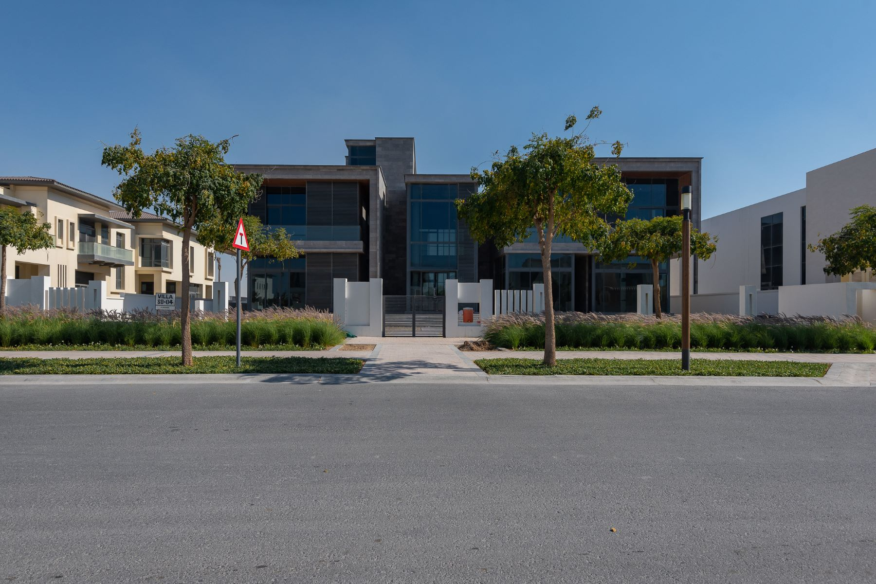 Other Residential Homes for Sale at Prestigious Villa with Golf Course View Luxury. Dubai, Dubai United Arab Emirates