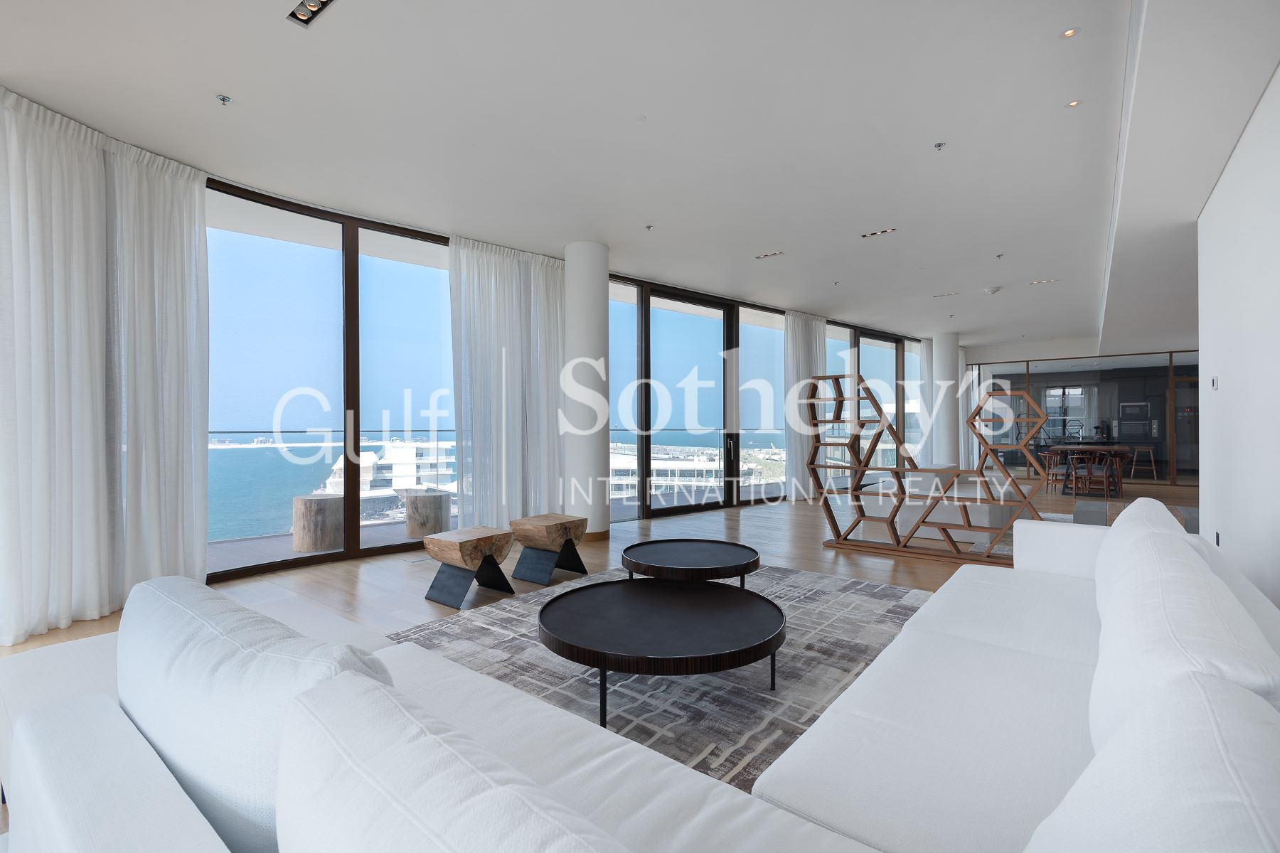Apartments 为 销售 在 Stunning 4 Bedrooms Penthouse in Bulgari Residences 迪拜, 杜拜 阿联酋