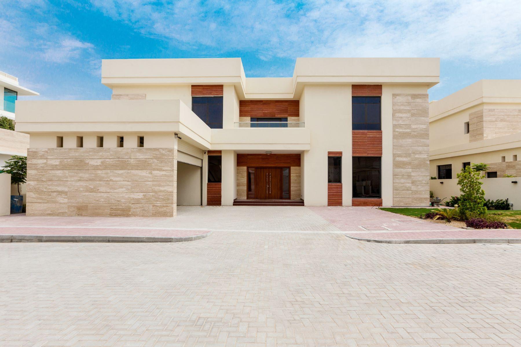 Additional photo for property listing at VIP Frond  4 Luxury Villas Tip Location Dubai, Dubai Birleşik Arap Emirlikleri