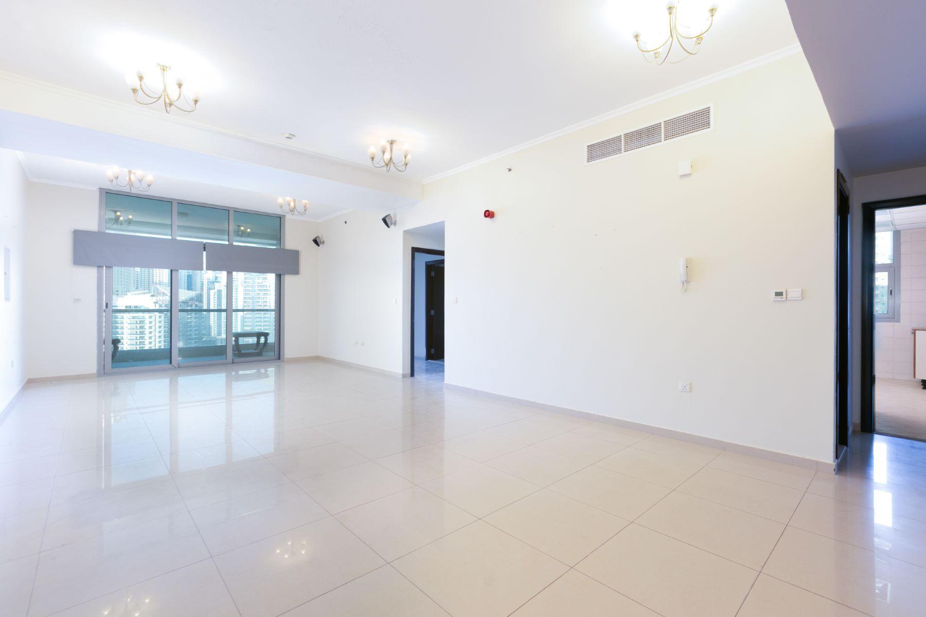 Apartments for Sale at 2 Bedroom Marina View Unfurnished Dubai, Dubai United Arab Emirates