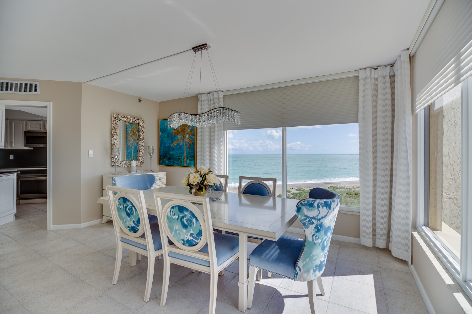 Property para Venda às Sensational Water Views! 2400 S Ocean Drive 8174 Fort Pierce, Florida 34949 Estados Unidos