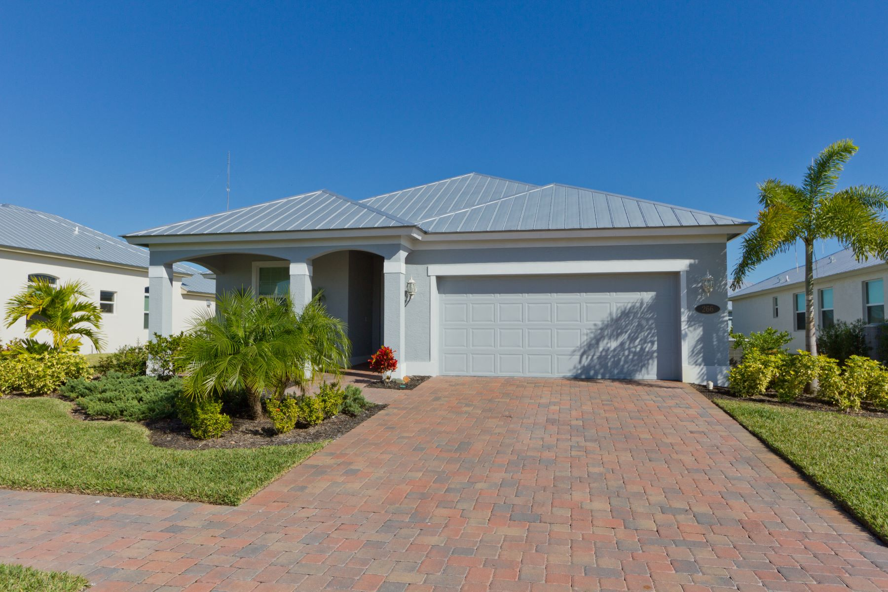Single Family Homes for Sale at 266 11th Square Sw Vero Beach, Florida 32962 United States