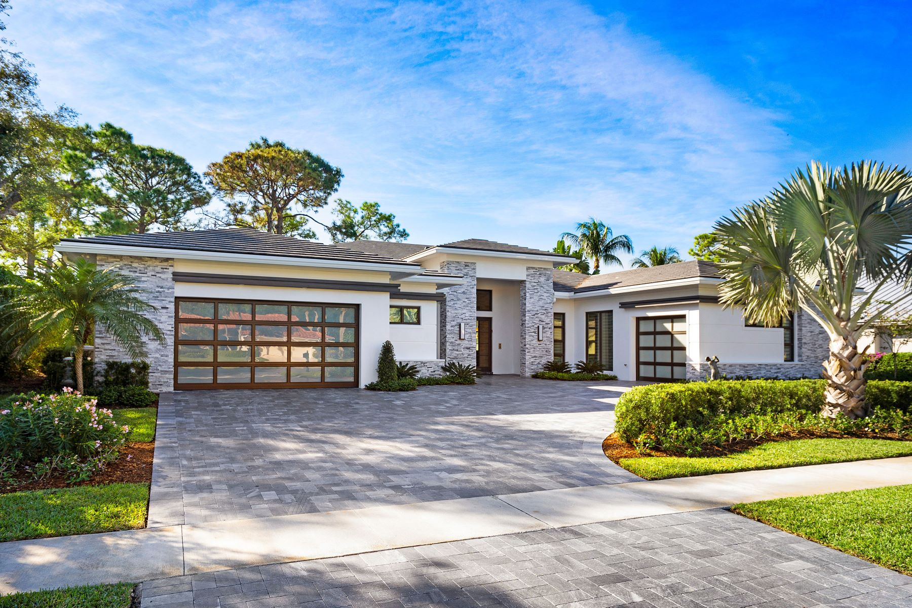 Single Family Homes for Sale at 9265 Orchid Cove Circle Vero Beach, Florida 32963 United States