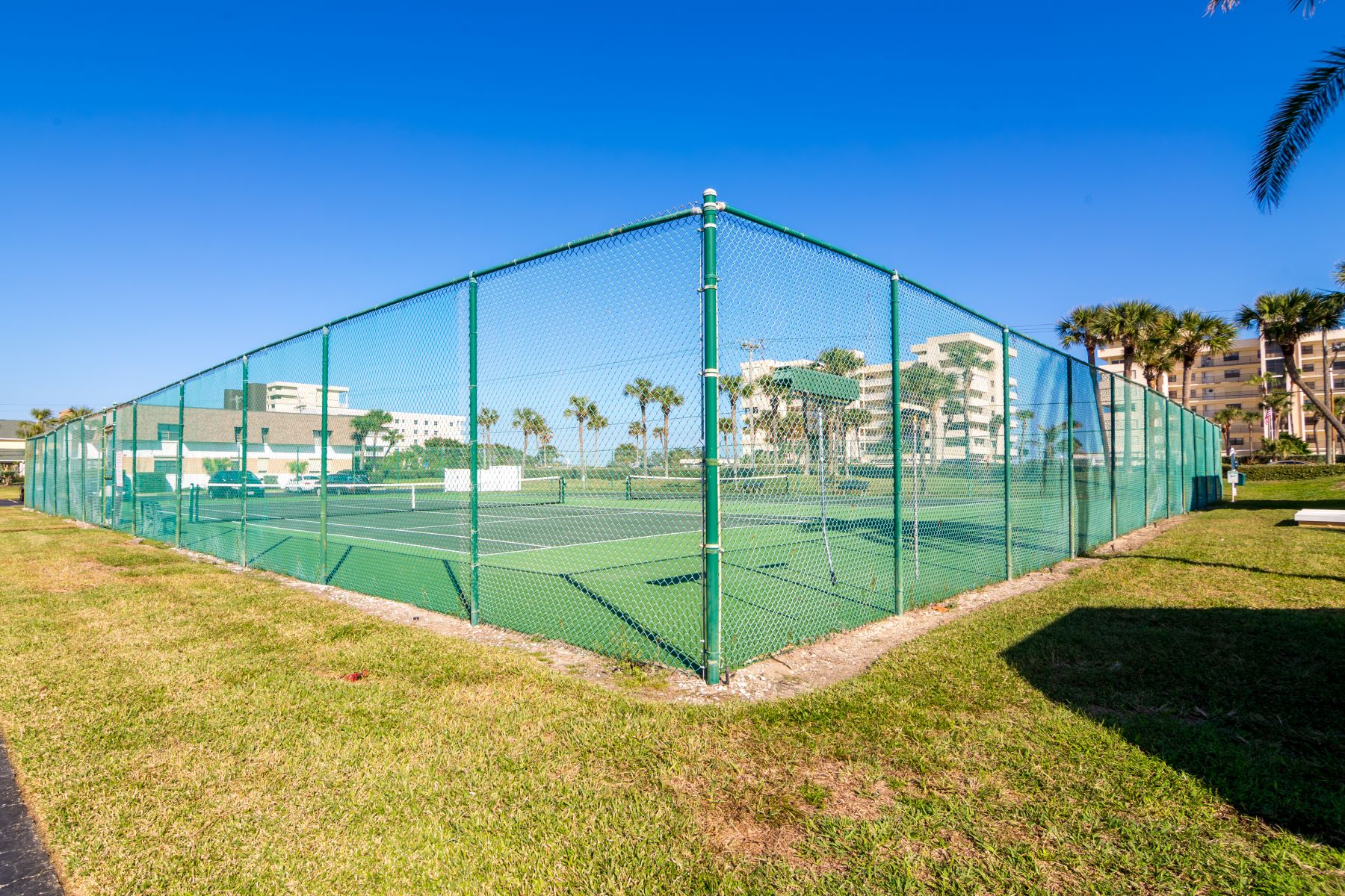 Additional photo for property listing at Best Unit in the Whole Complex! 2700 N Highway A1A 13-202 Indialantic, Florida 32903 United States
