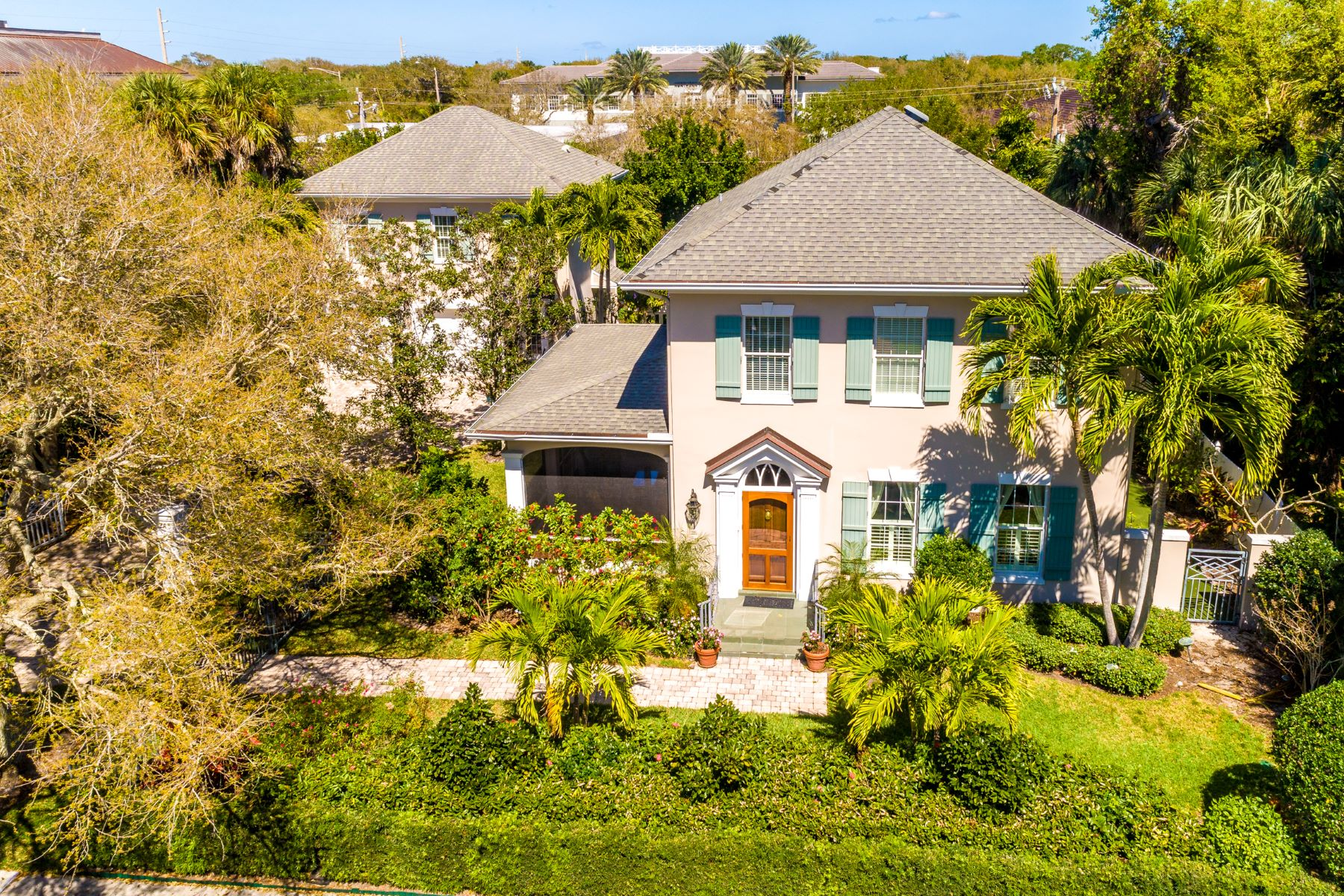 Single Family Homes for Sale at GATED CENTRAL BEACH HOME WITH GUEST APARTMENT 745 Azalea Lane Vero Beach, Florida 32963 United States