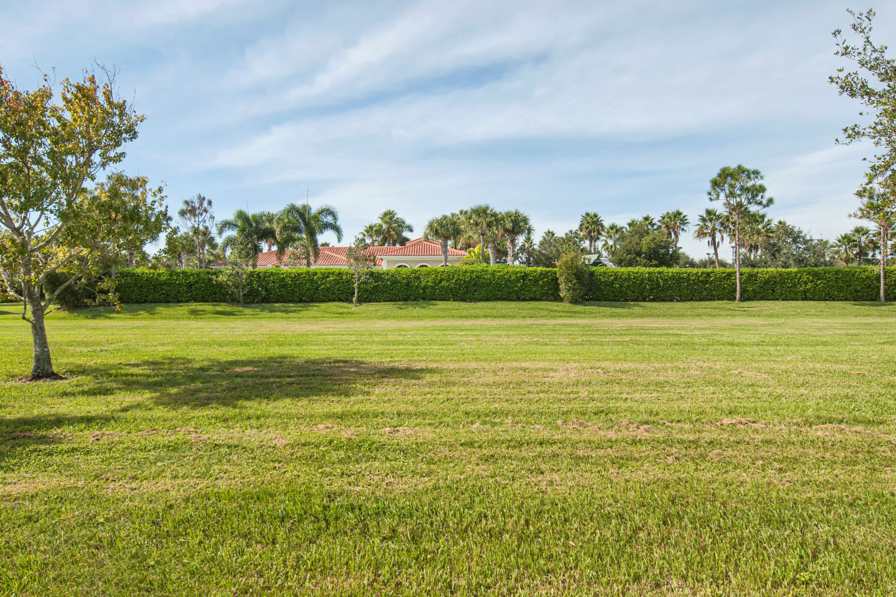 Additional photo for property listing at 5545 45th Avenue Vero Beach, Florida 32967 United States