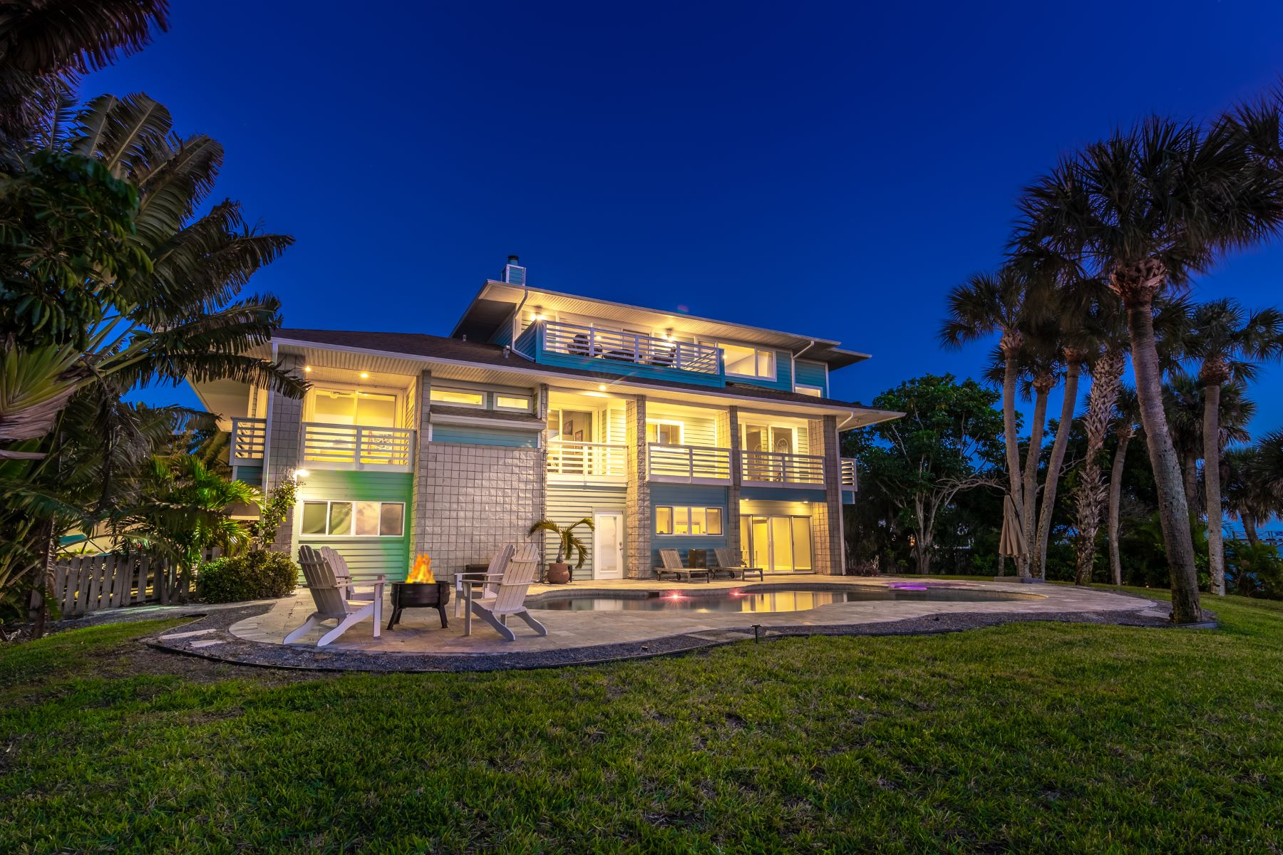 Single Family Homes for Sale at Stunning Water-Front Home Exudes Elegance! 400 Richards Road Melbourne Beach, Florida 32951 United States