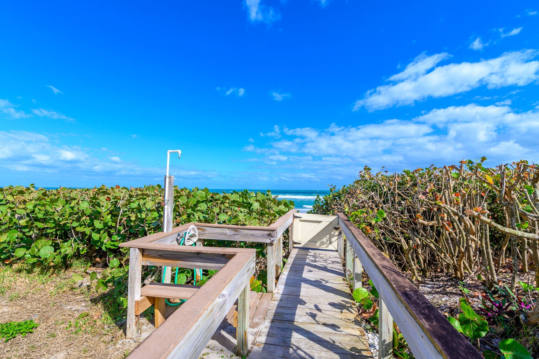 Additional photo for property listing at 1095 N Highway A1A 701 Indialantic, Florida 32903 United States