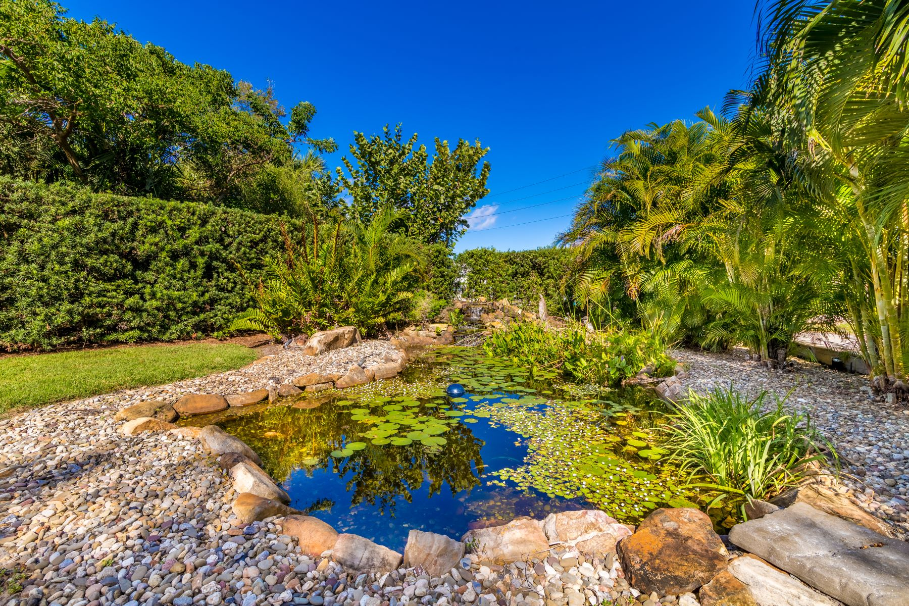 Additional photo for property listing at 200 Riverside Drive Melbourne Beach, Florida 32951 United States